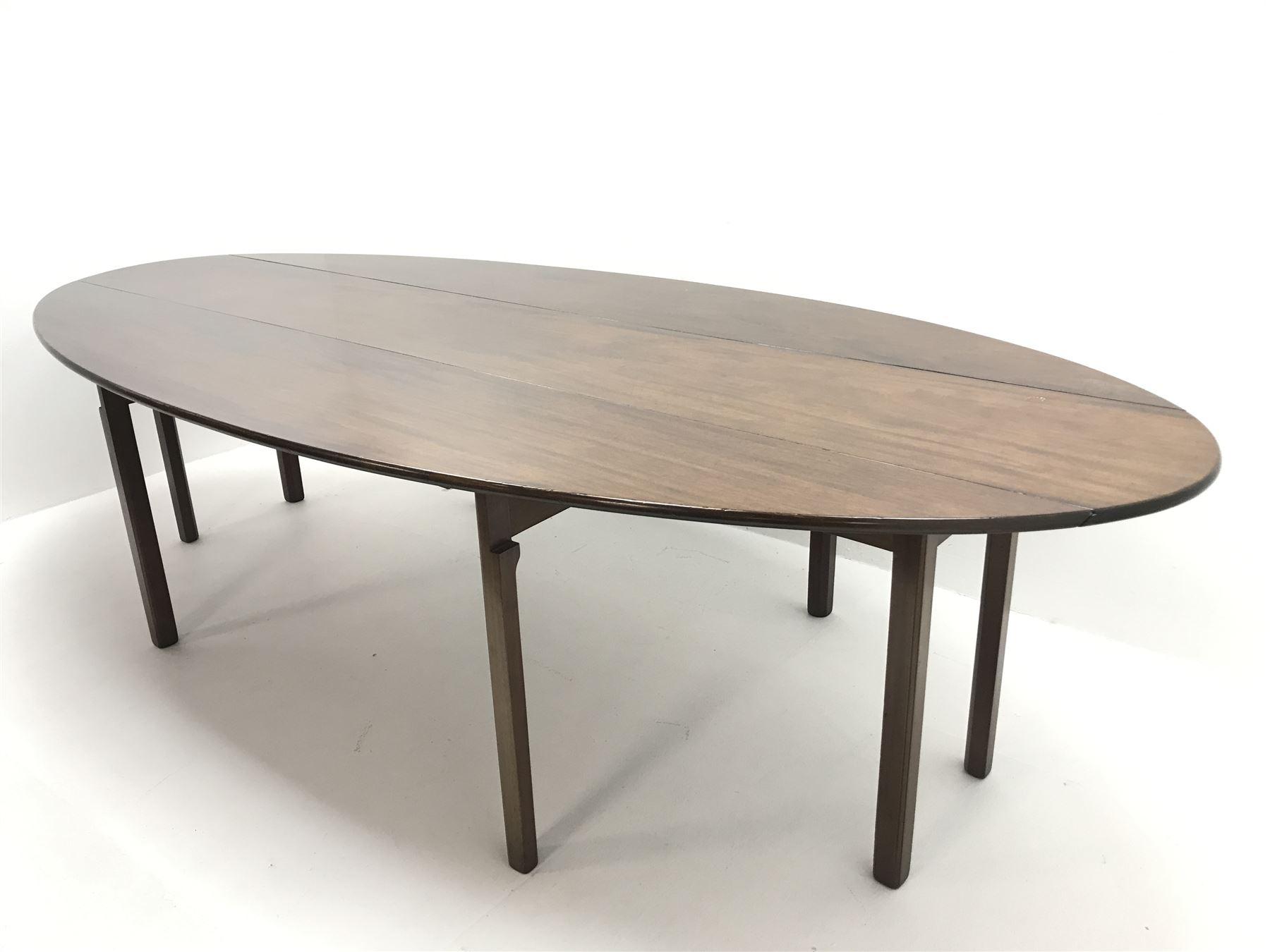 20th century Georgian style mahogany wake table - Image 2 of 2