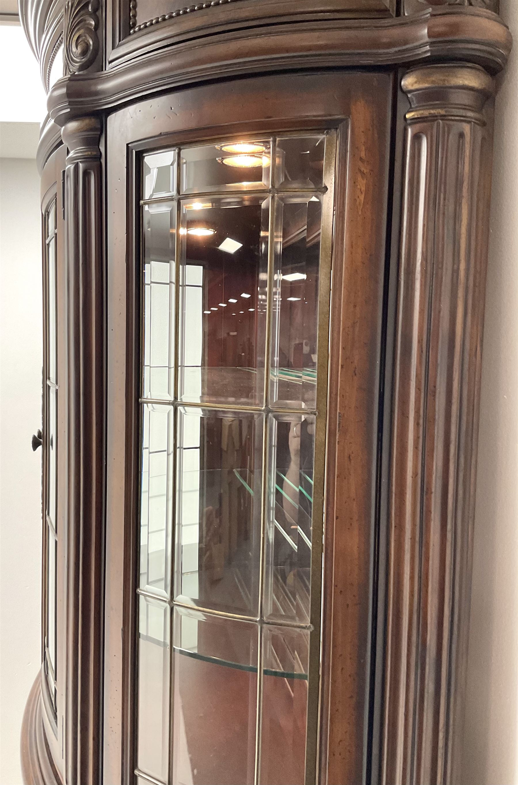 Kevin Charles American walnut demi lune display cabinet with illuminated interior - Image 11 of 13