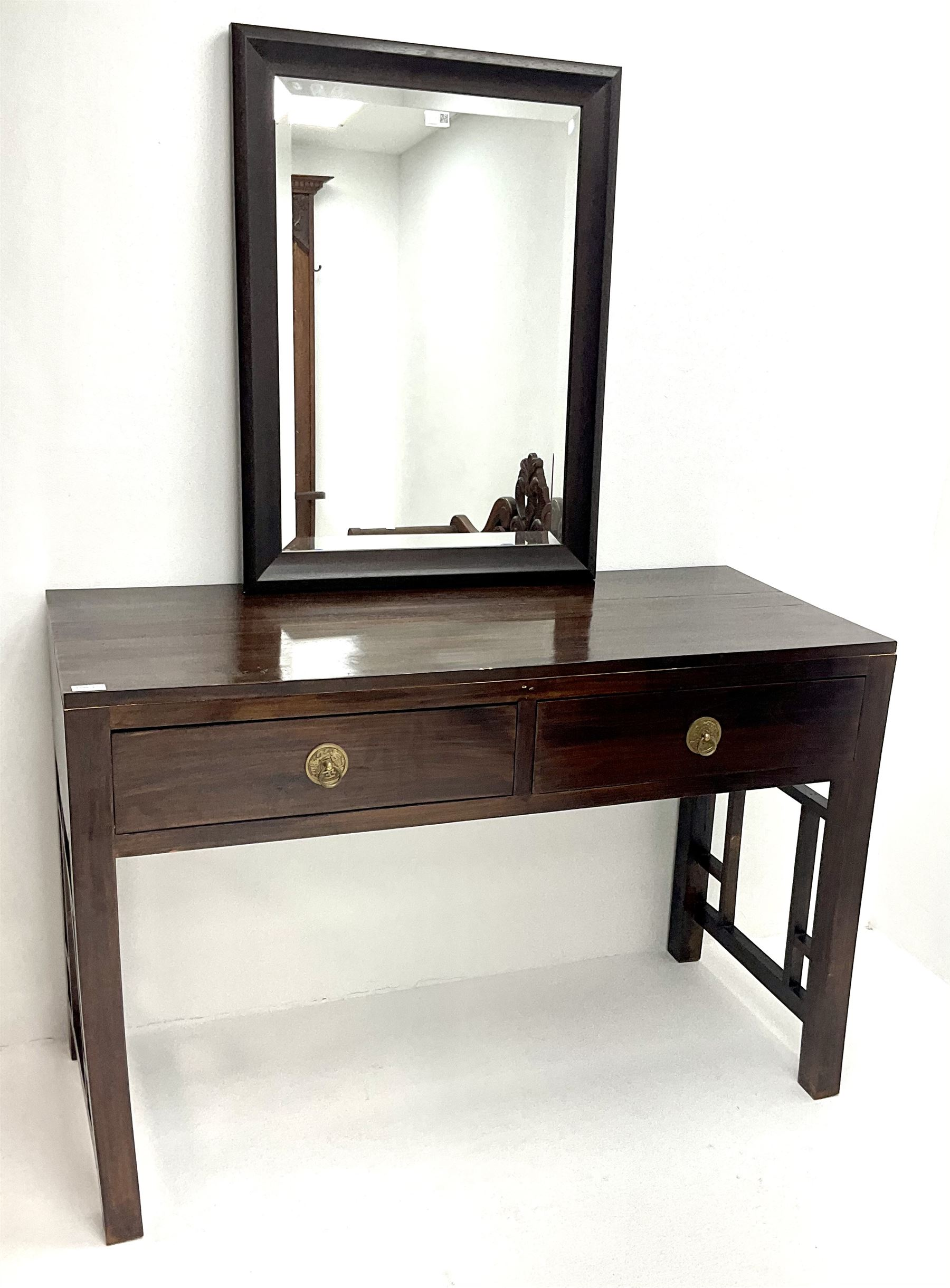 Hardwood console table - Image 2 of 2
