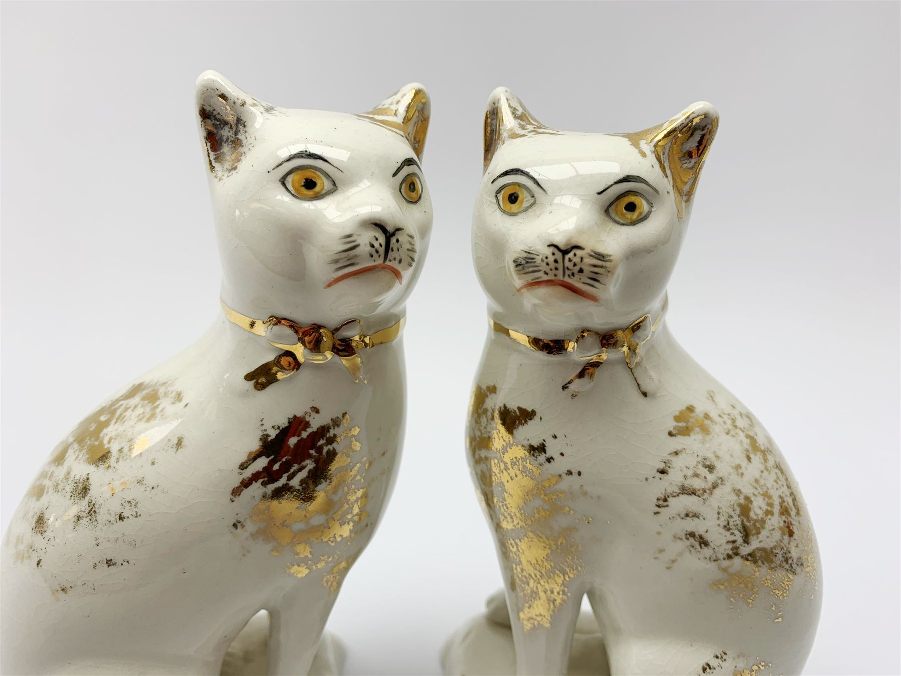 Pair of Victorian Staffordshire cats - Image 5 of 11
