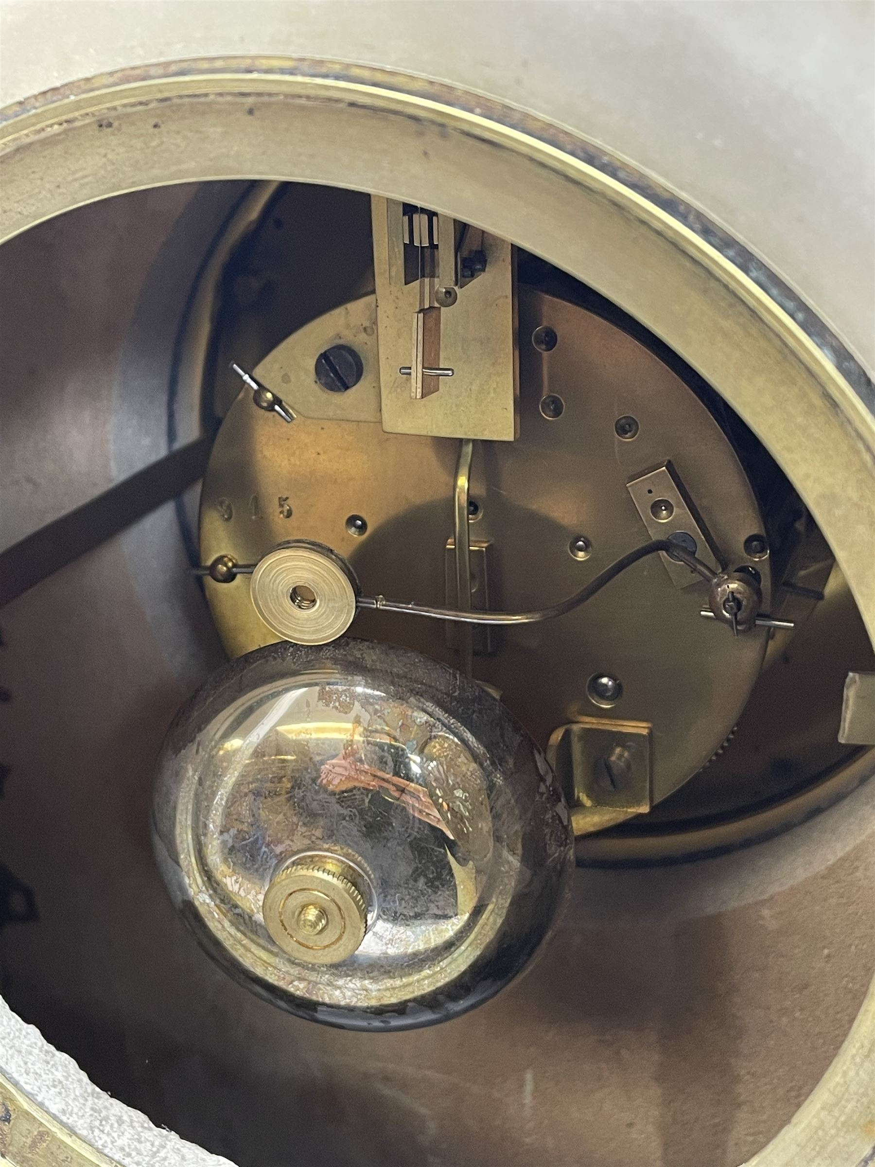 Victorian alabaster mantel clock - Image 5 of 5