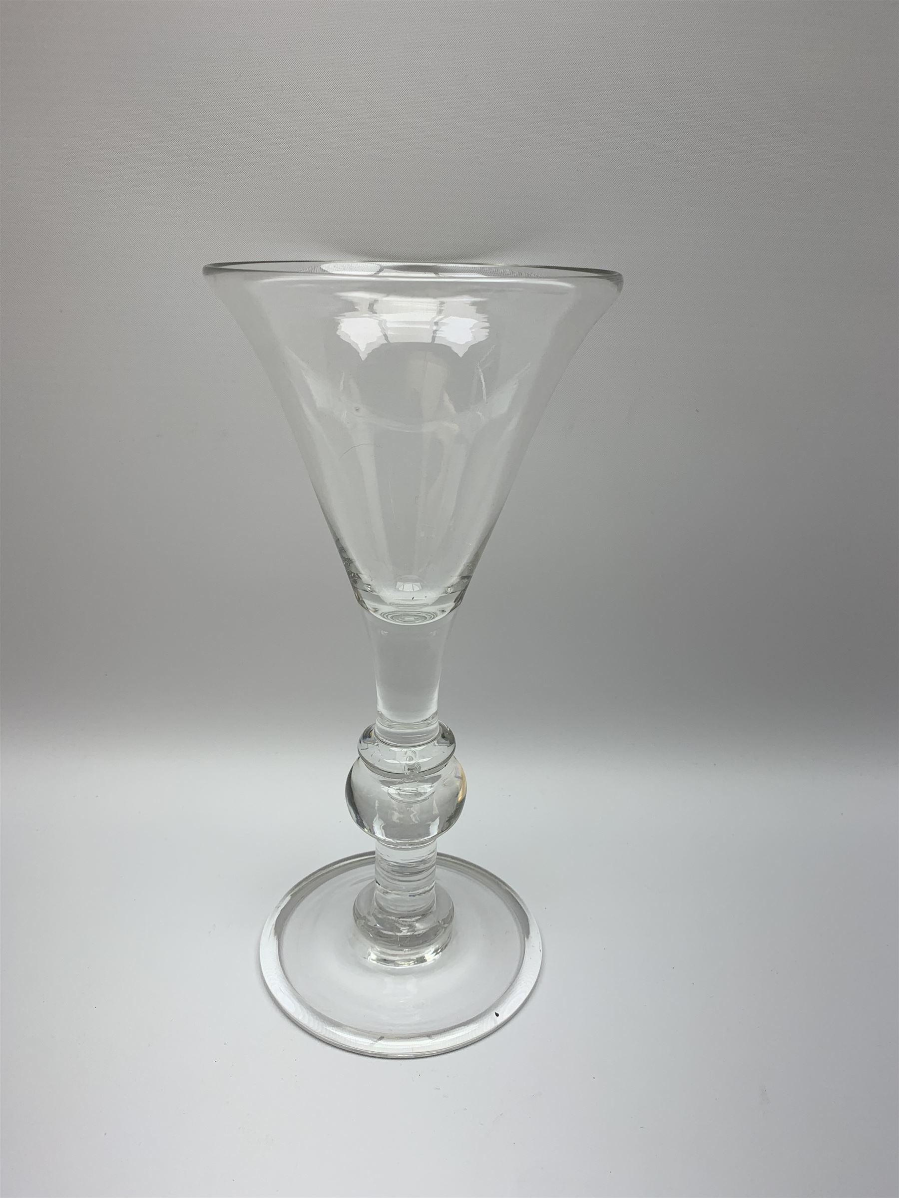 Large 18th century style drinking glass - Image 3 of 4