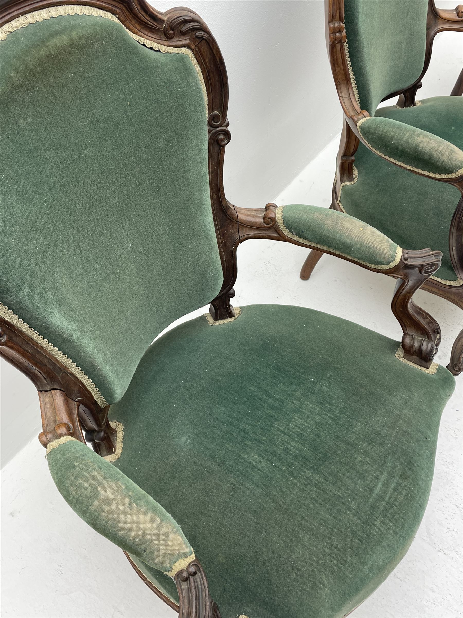 Set three Victorian rosewood drawing room open armchairs - Image 4 of 6