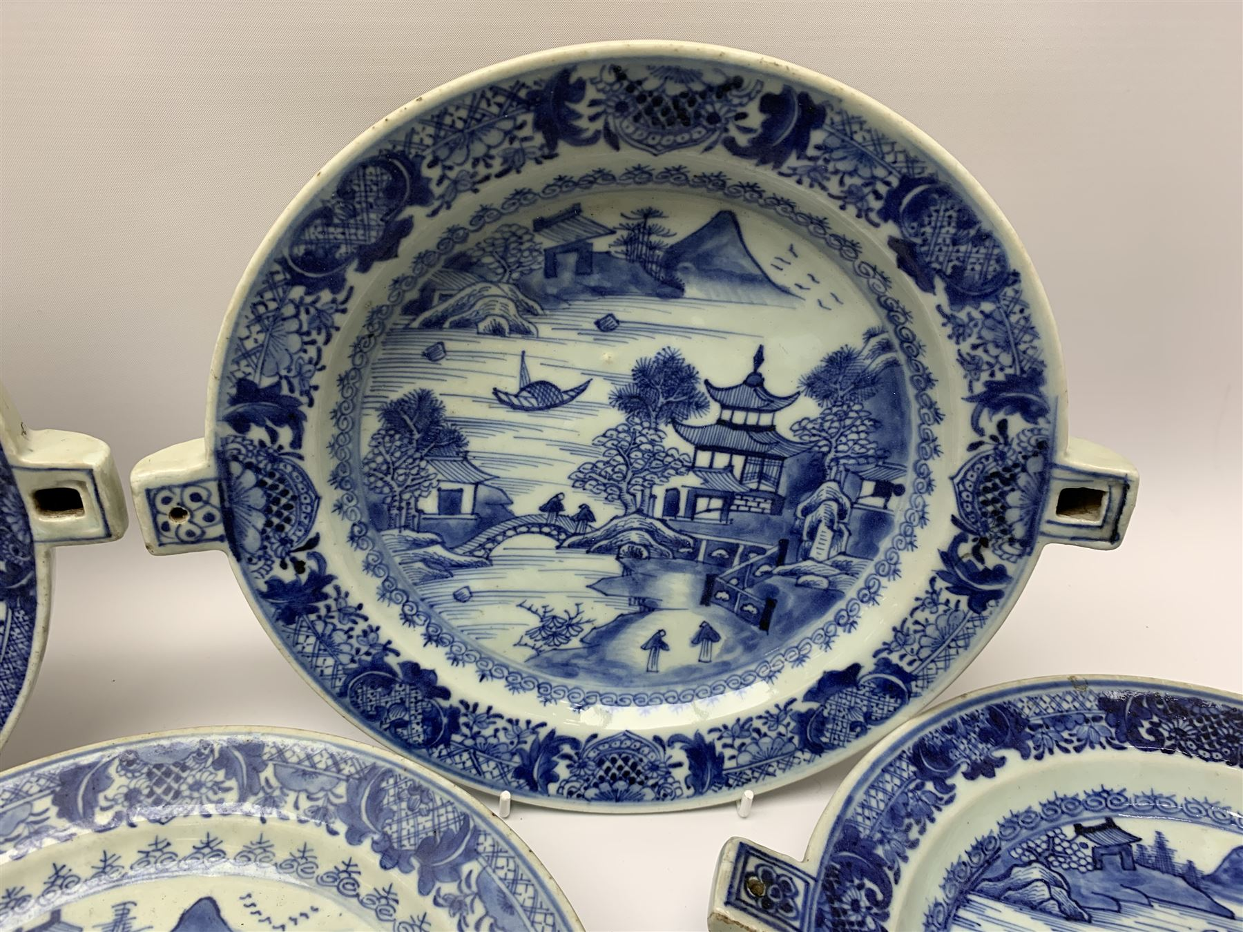 Set of seven late 18th/early 19th century Chinese export blue and white hot water plates - Image 9 of 11