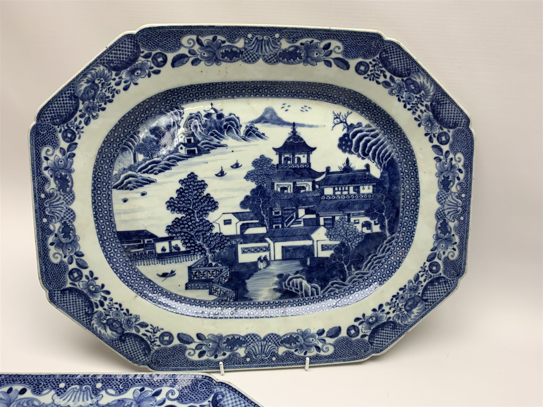 Late 18th/early 19th century Chinese export blue and white forty seven piece part dinner service - Image 4 of 20