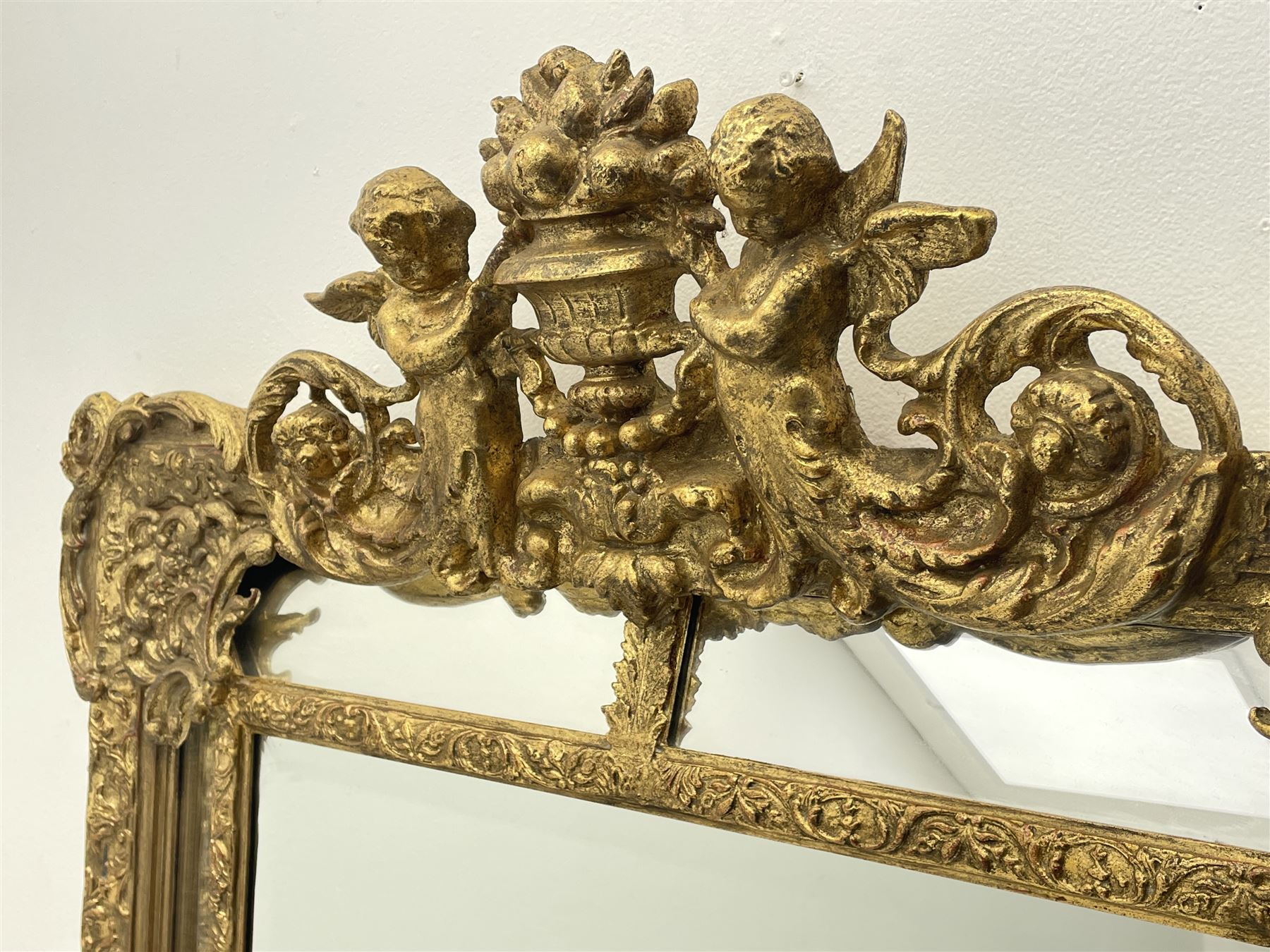 Large Victorian style gilt cushion framed mirror - Image 2 of 5