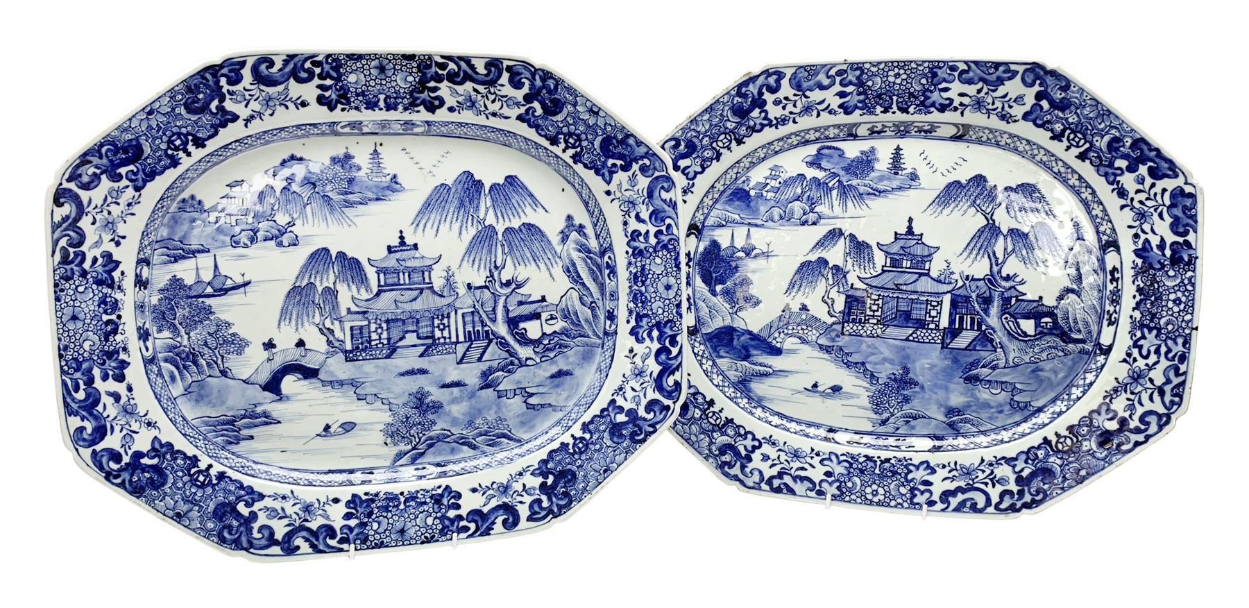 Pair of late 18th/early 19th century Chinese export blue and white platters