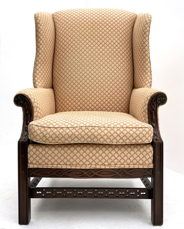 Georgian style mahogany framed wingback armchair - Image 2 of 5