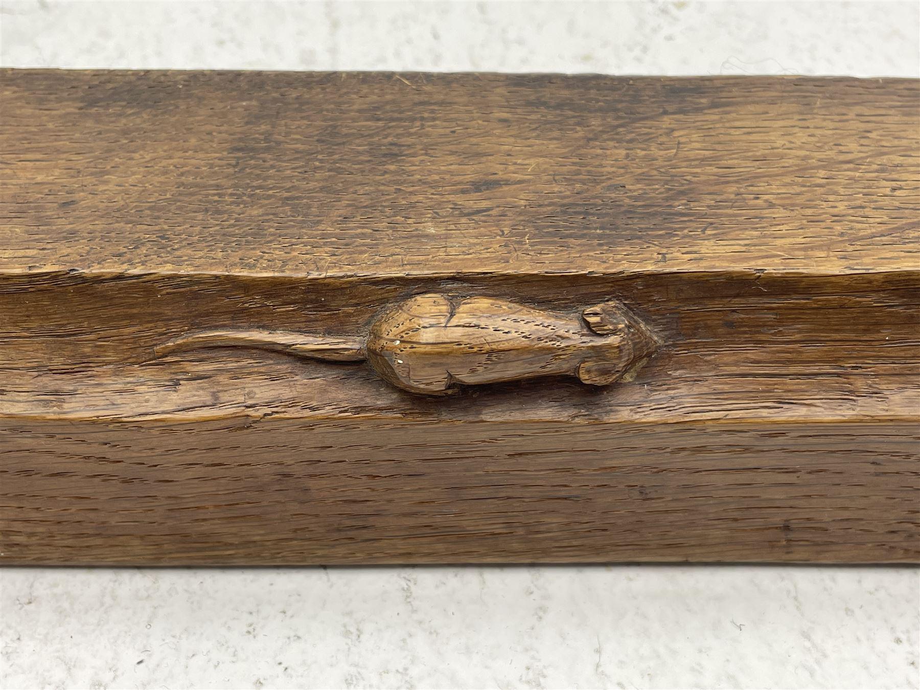 'Mouseman' 1930s/40s tooled oak fire fender - Image 3 of 7