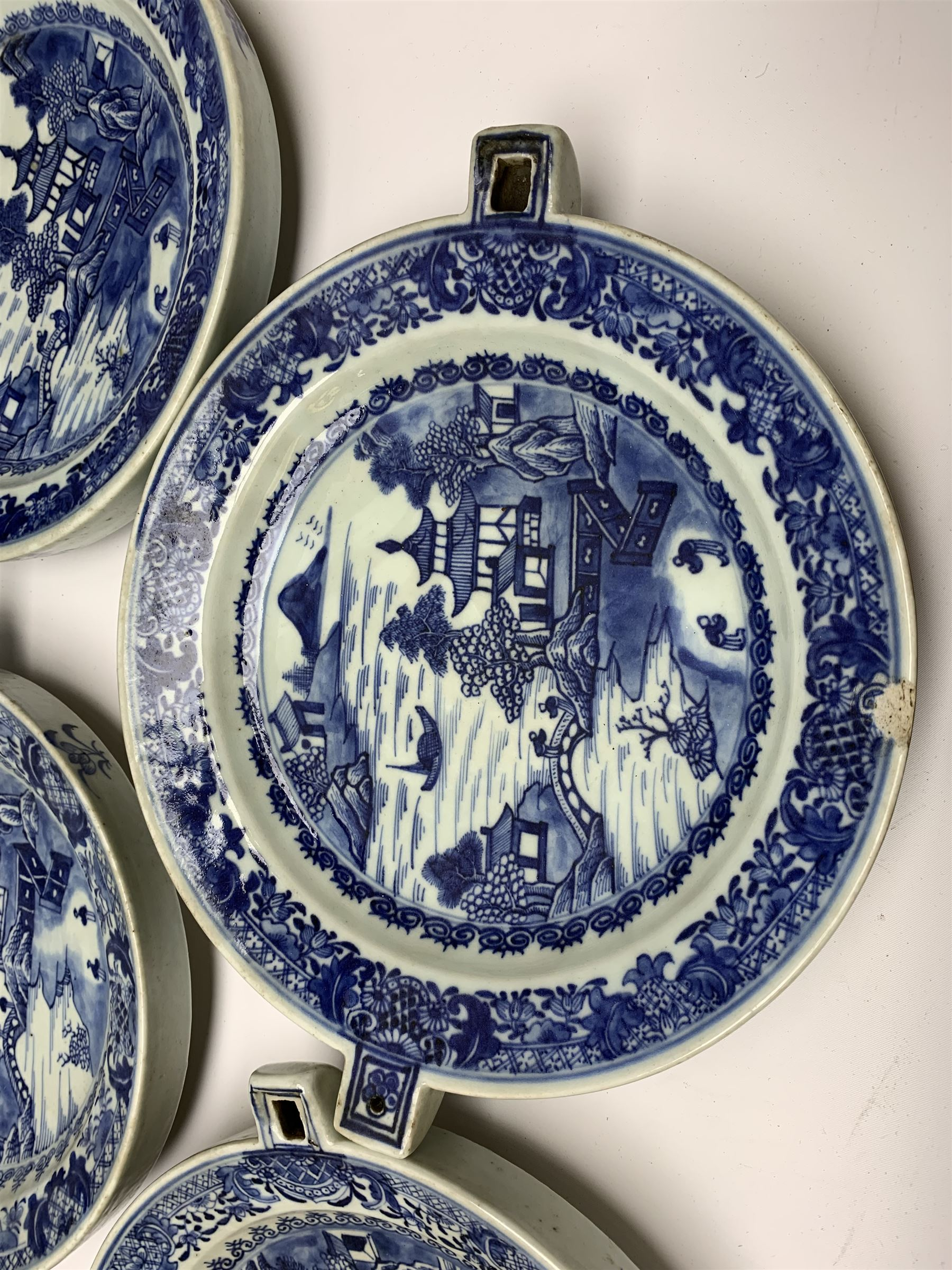 Set of seven late 18th/early 19th century Chinese export blue and white hot water plates - Image 5 of 11
