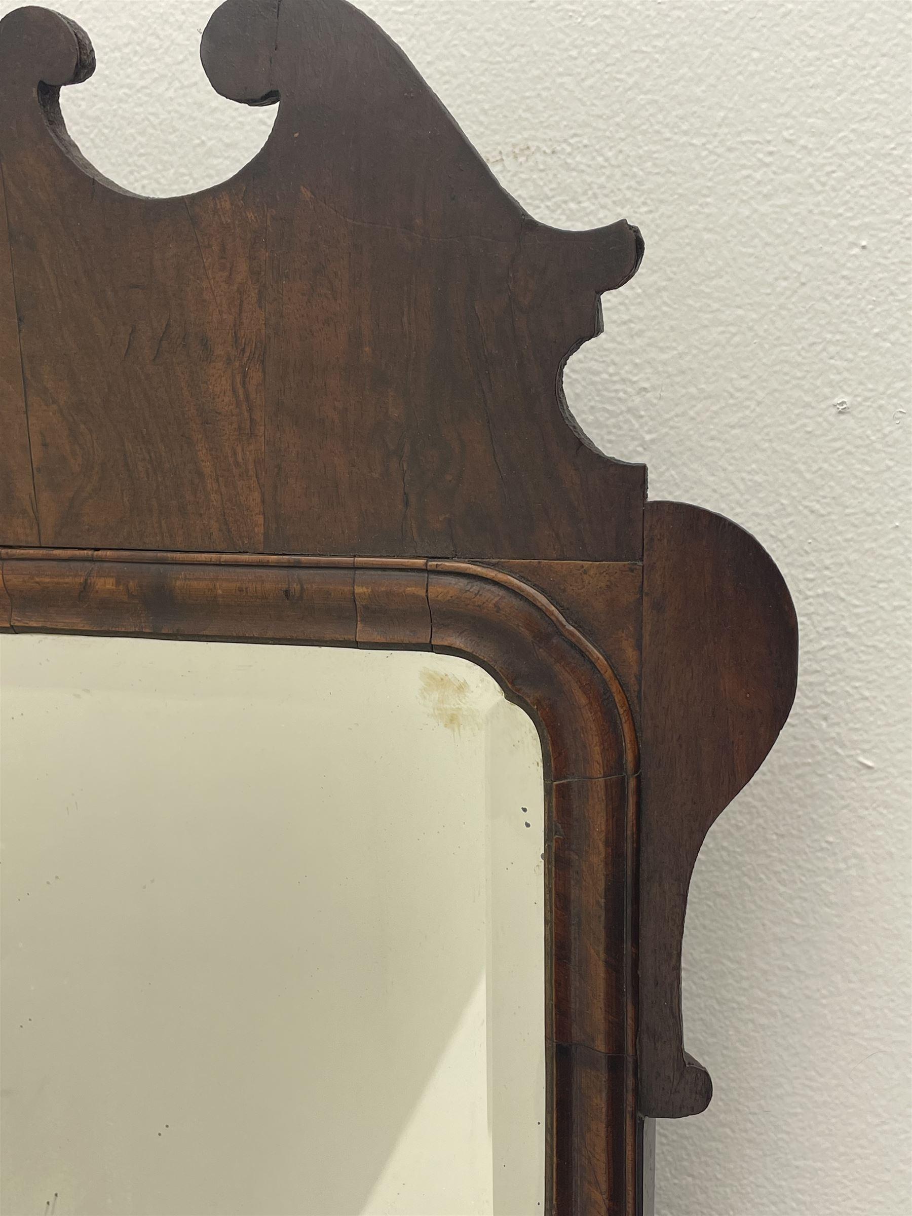George II walnut mirror - Image 4 of 7