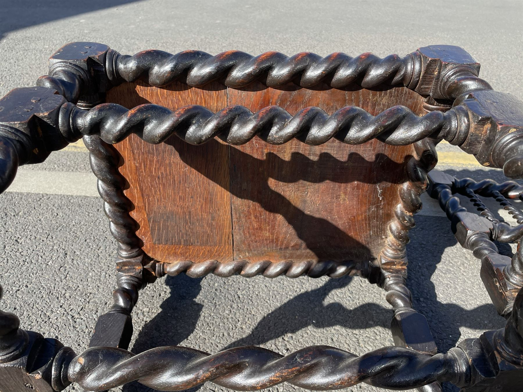 Unusual pair late 17th century oak spindle-back chairs - Image 15 of 20