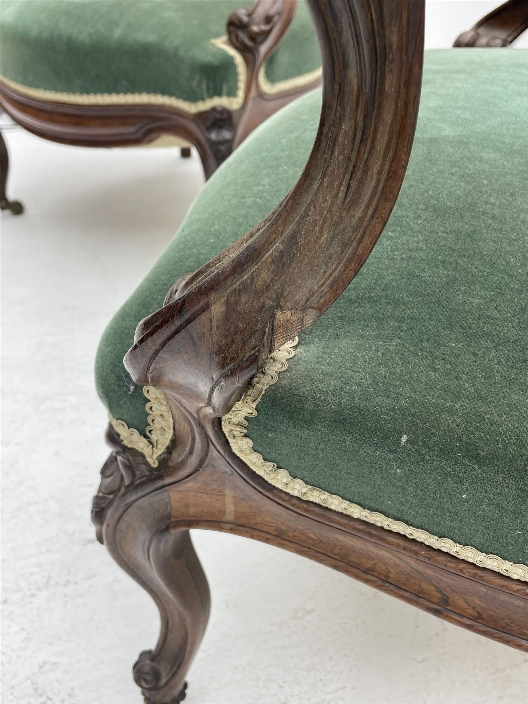 Set three Victorian rosewood drawing room open armchairs - Image 5 of 6