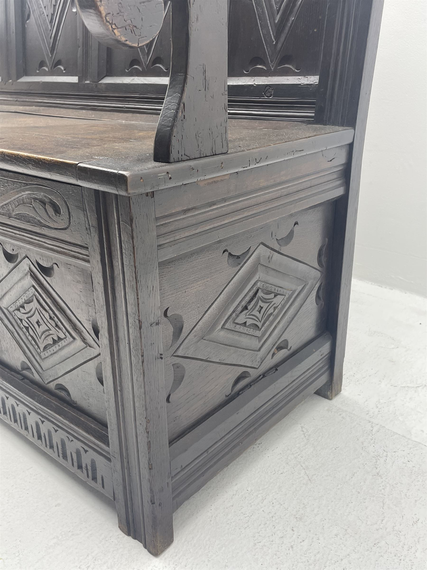 17th century and later box settle - Image 6 of 7