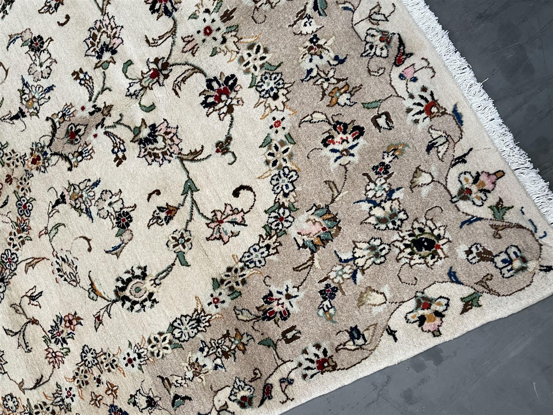 Persian Kashan rug - Image 2 of 5