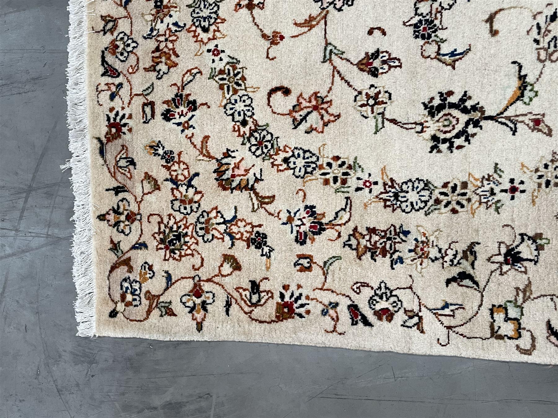 Persian Kashan rug - Image 4 of 5