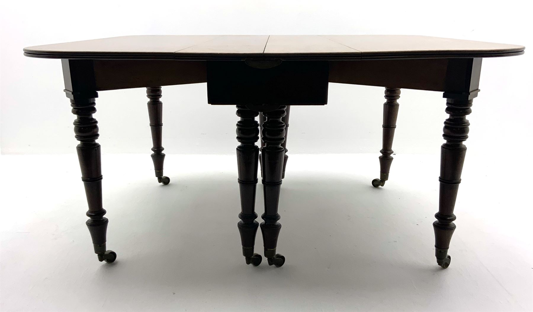 George III mahogany extending dining table - Image 4 of 6