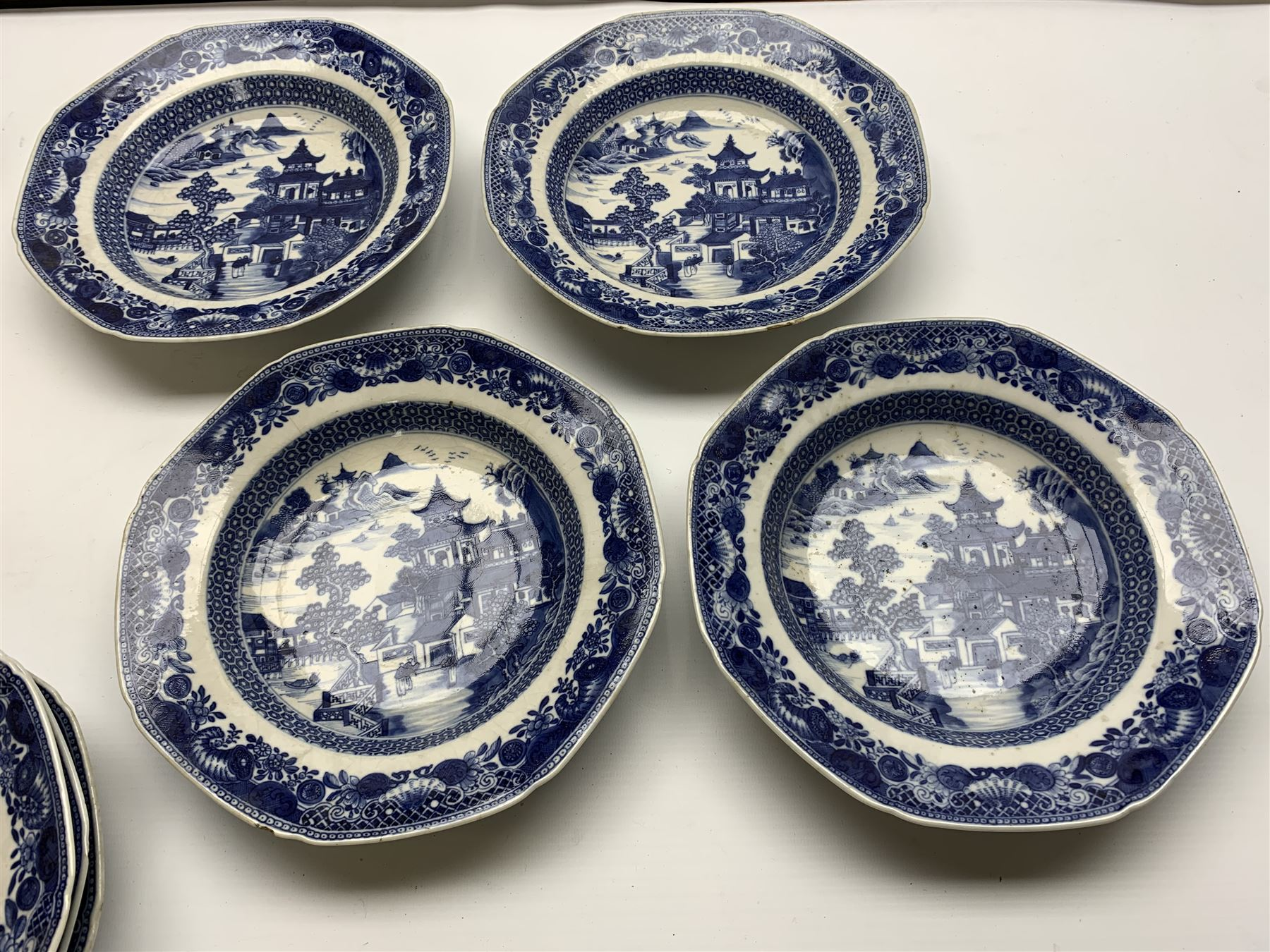 Late 18th/early 19th century Chinese export blue and white forty seven piece part dinner service - Image 7 of 20