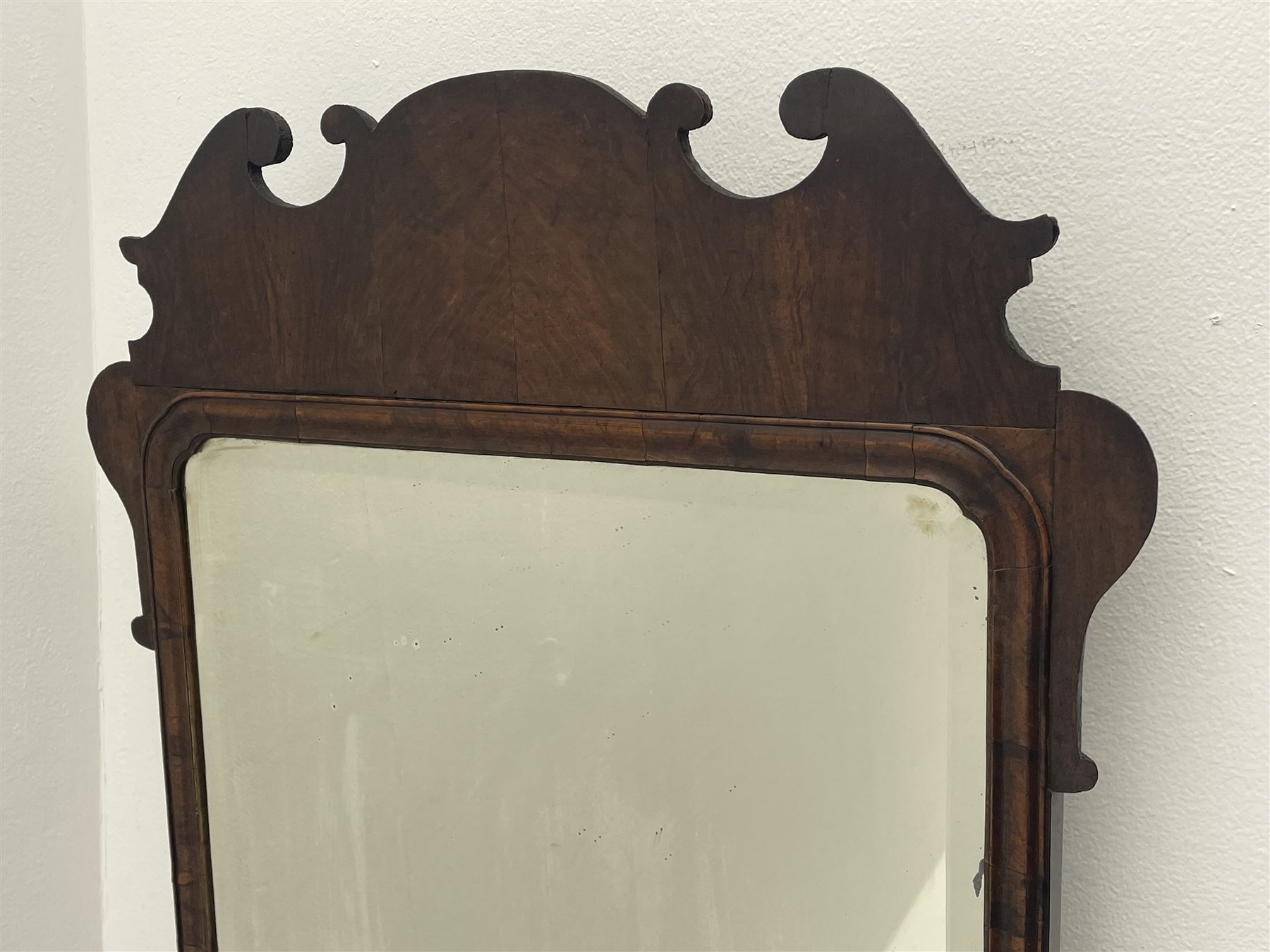 George II walnut mirror - Image 2 of 7