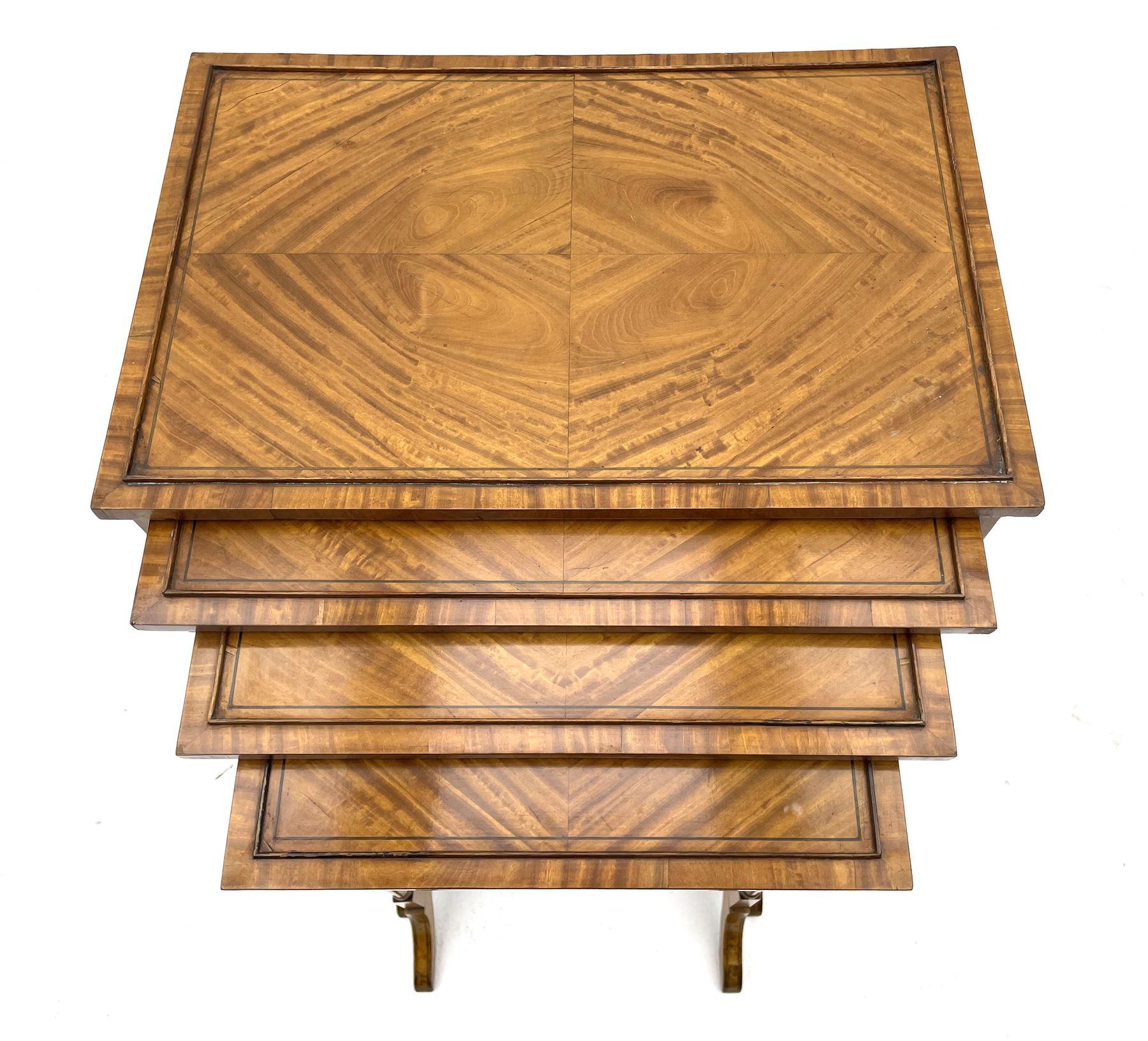 Edwardian satinwood quartetto nest of occasional tables - Image 6 of 6
