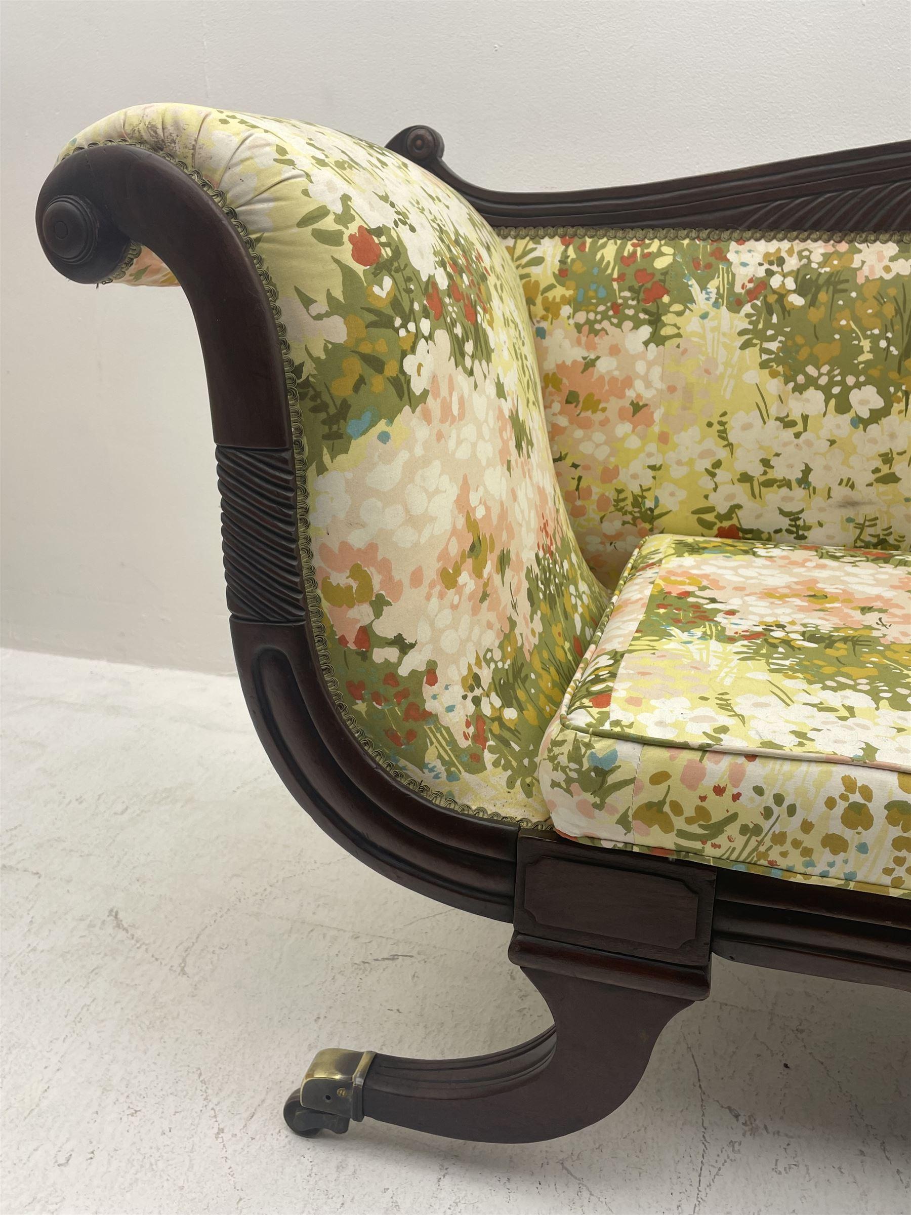 Regency period mahogany settee - Image 2 of 5