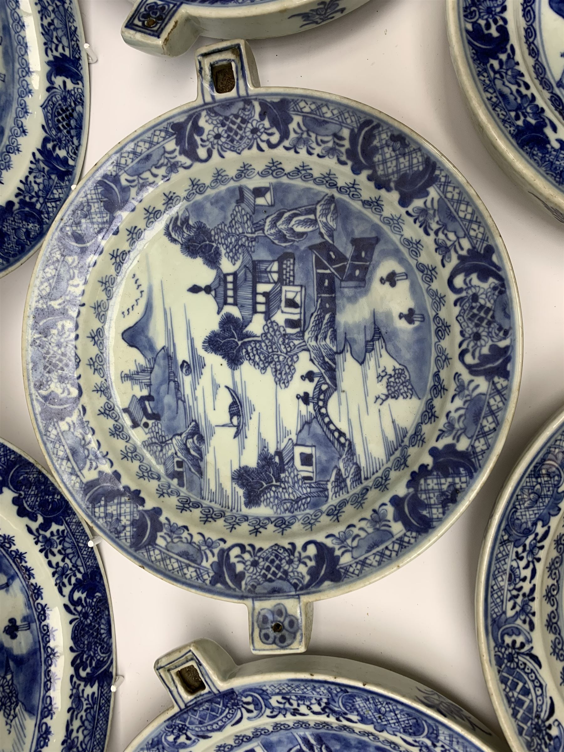 Set of seven late 18th/early 19th century Chinese export blue and white hot water plates - Image 7 of 11