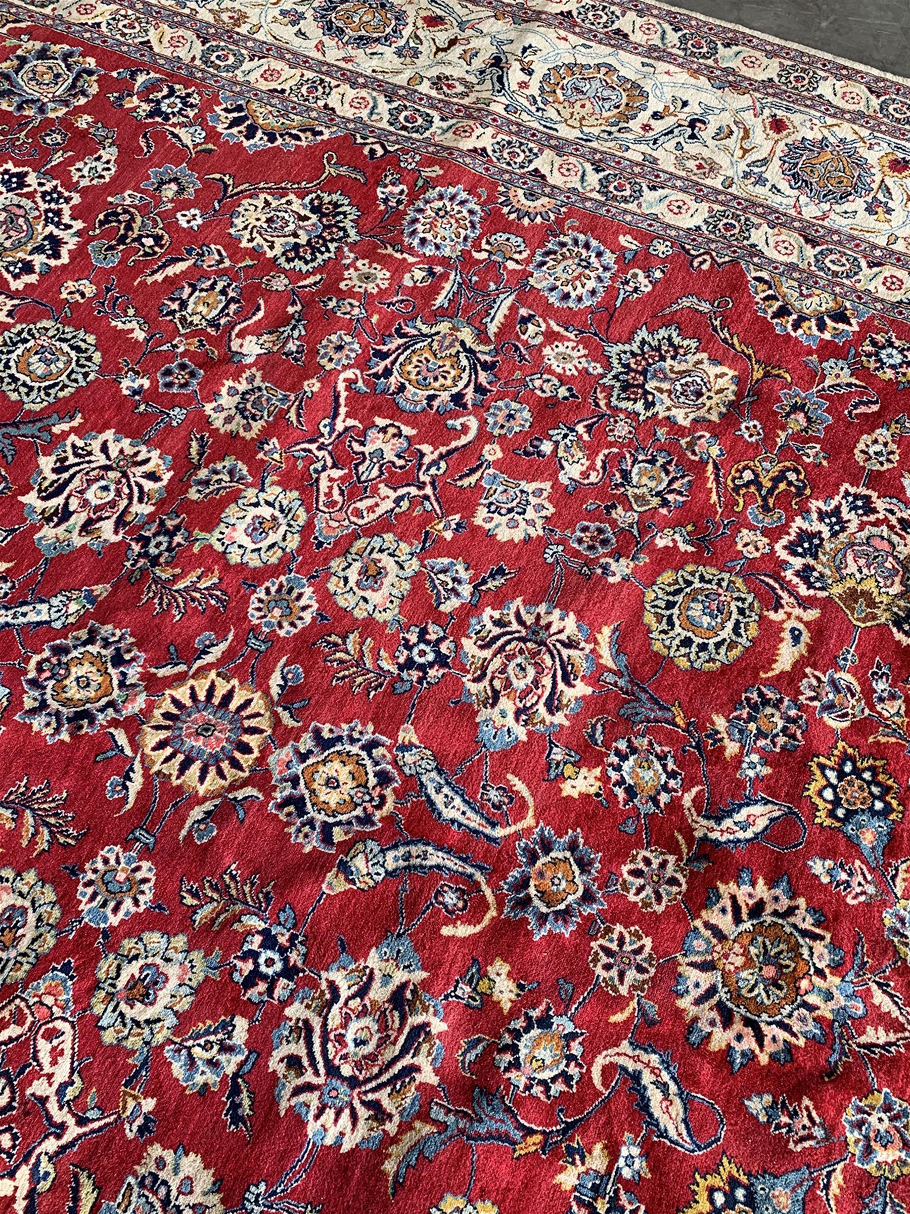 Large Fine Persian Kashan rug - Image 7 of 11