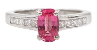 18ct white gold fine pink spinel ring