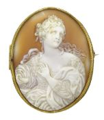 Large Victorian 15ct gold mounted cameo brooch