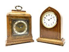 Mid to late 20th century walnut cased mantel clock by 'Elliot' (W17cm