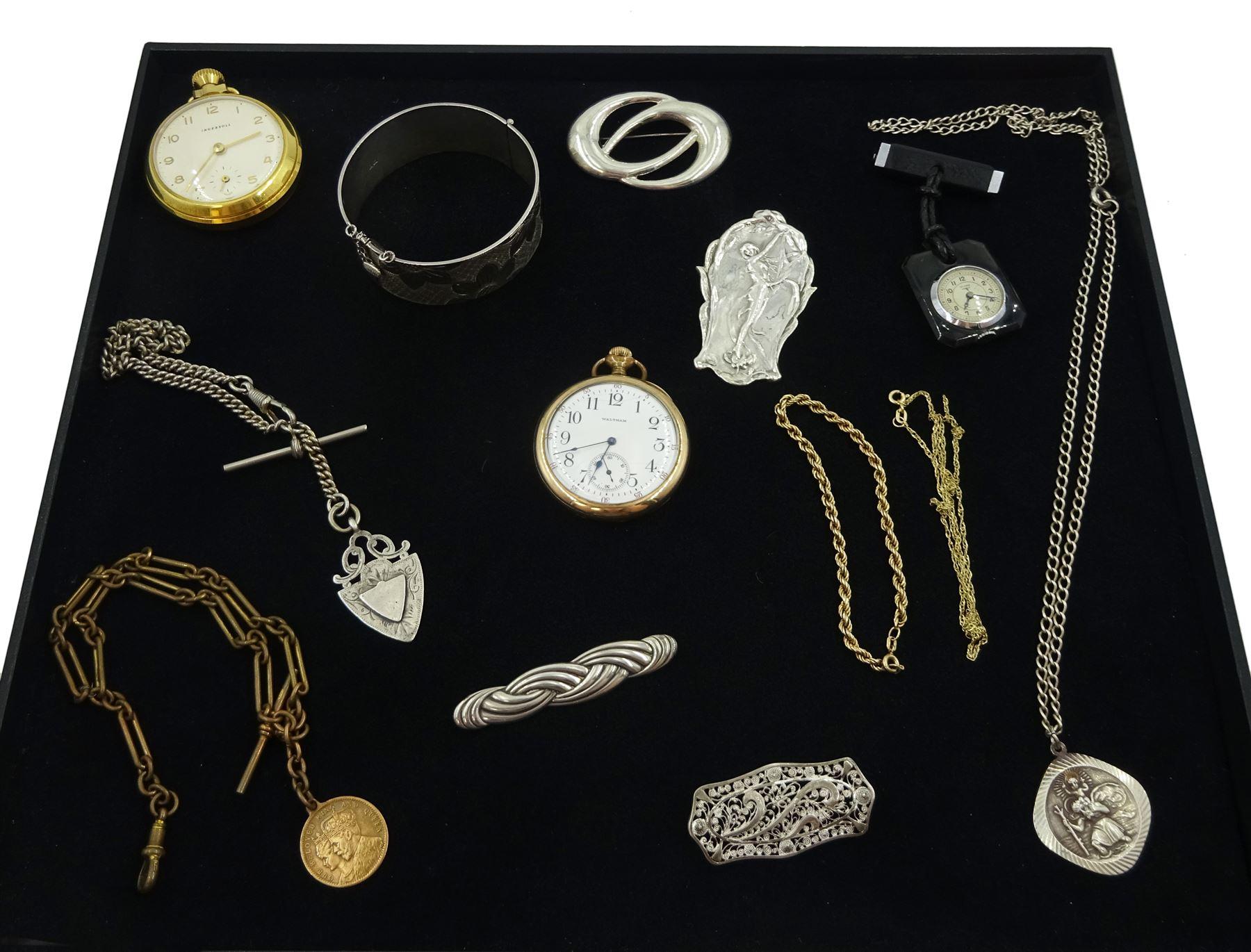 Silver jewellery including Art Nouveau style brooch
