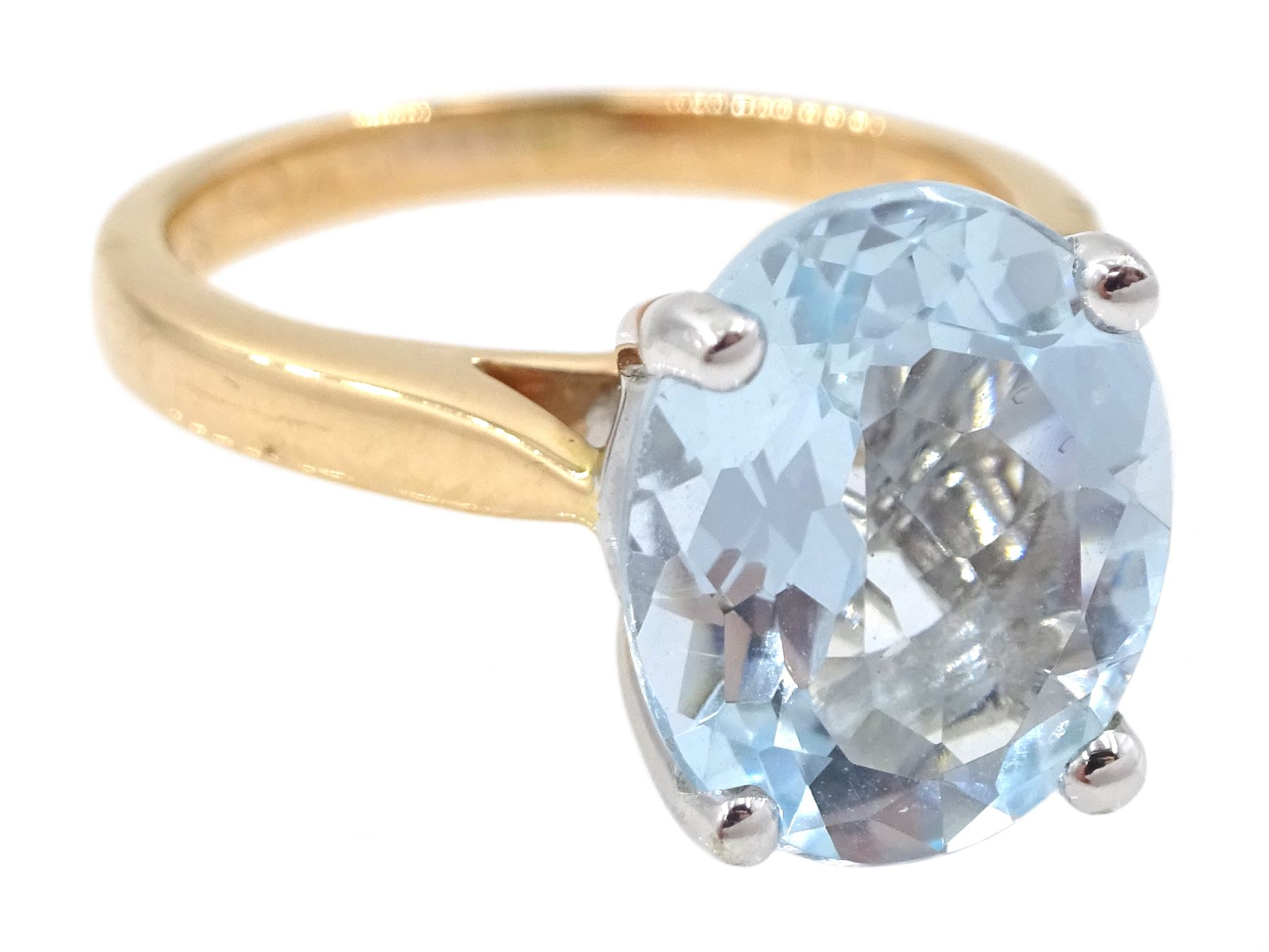 18ct rose gold single stone oval aquamarine ring - Image 3 of 4