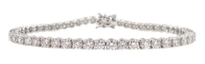18ct white gold round brilliant cut diamond bracelet
