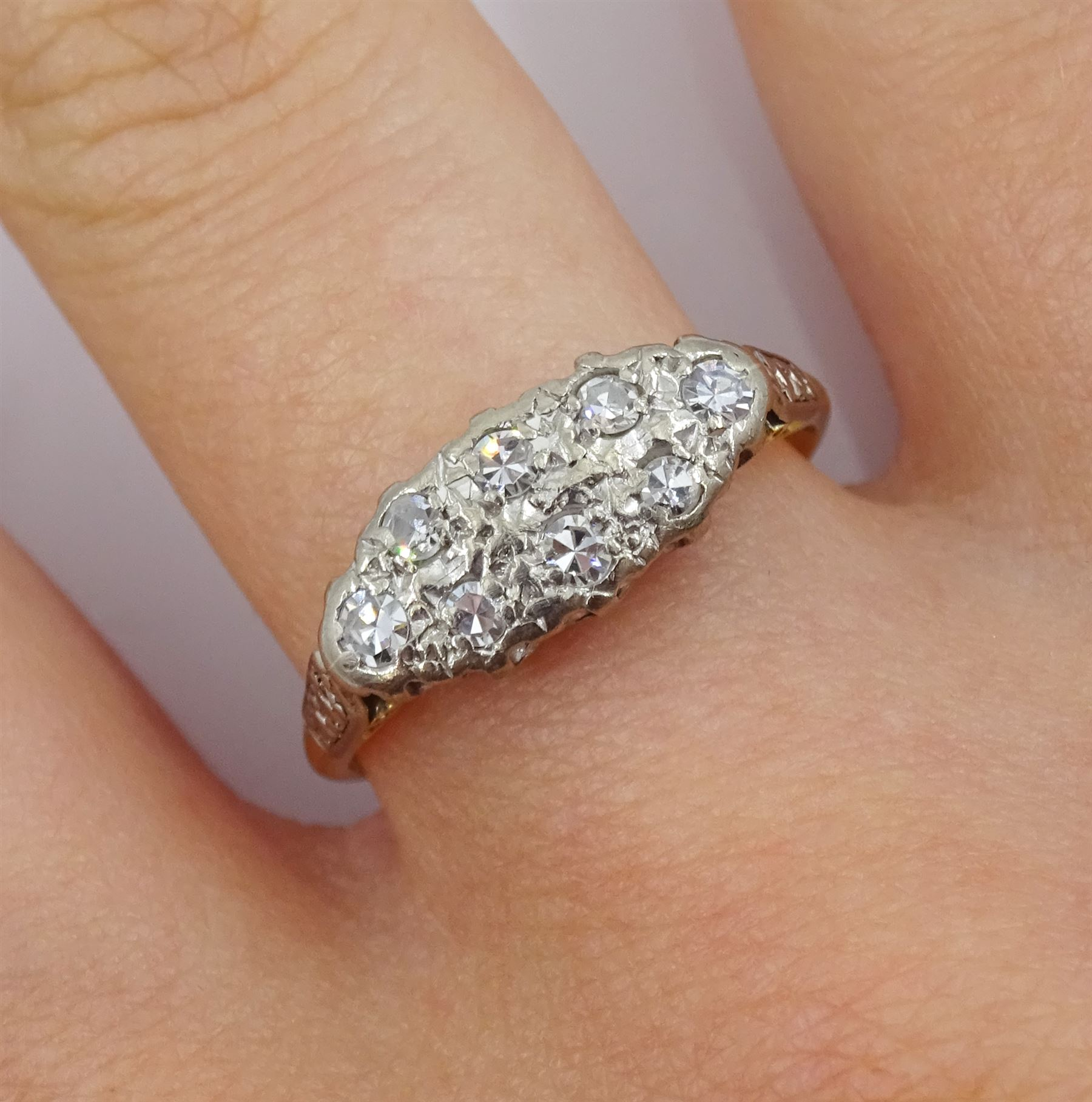 18ct gold two row old cut diamond ring - Image 2 of 4