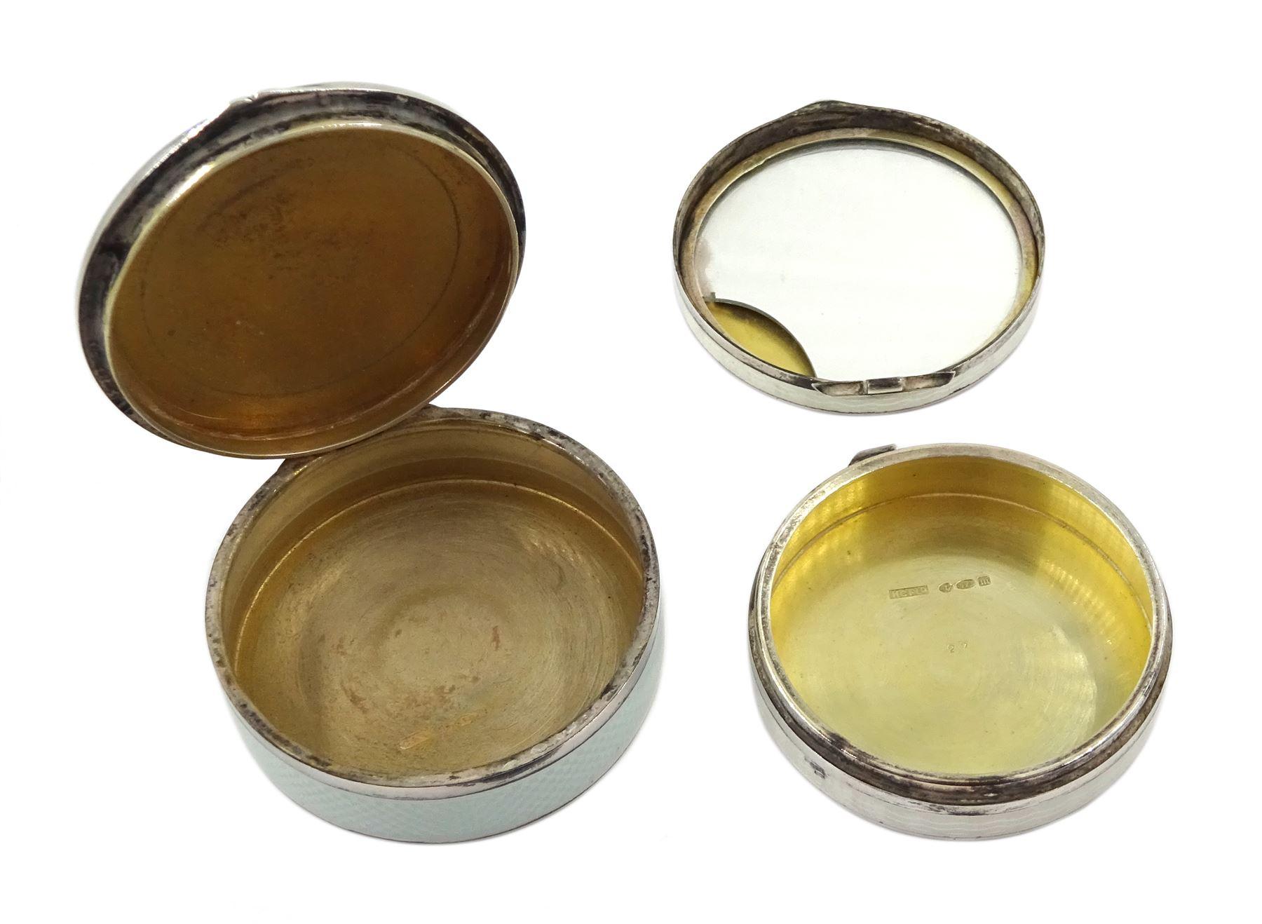 Silver enamel circular compact - Image 4 of 4