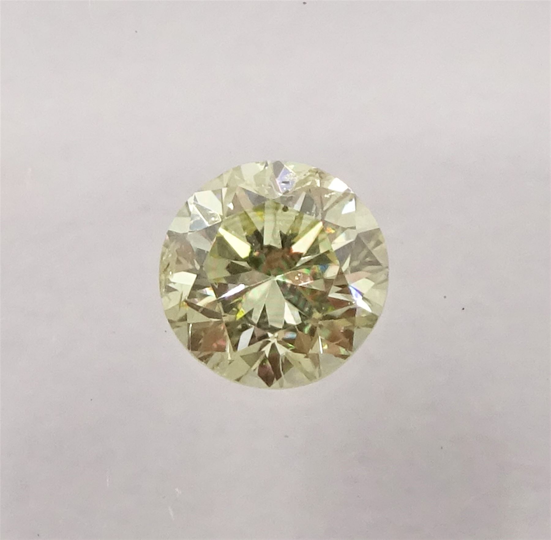 Two certified loose fancy coloured diamonds one round brilliant cut 'fancy light yellow' of 0.13 car - Image 4 of 6