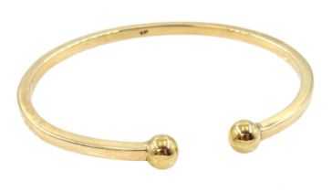 Gold bangle stamped 9ct
