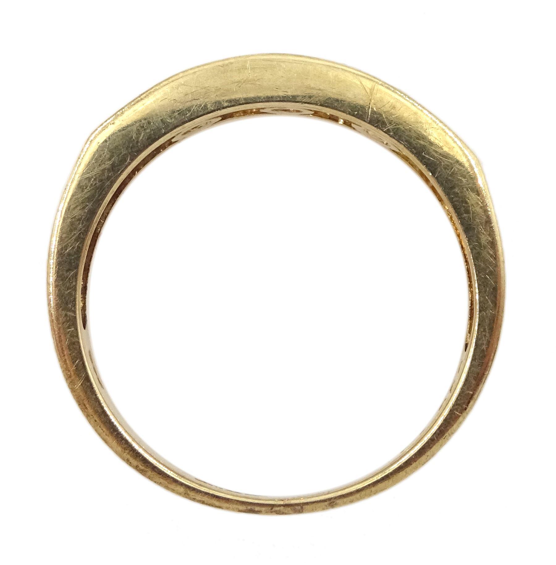 9ct gold round brilliant cut diamond seven stone channel set stone ring - Image 4 of 4