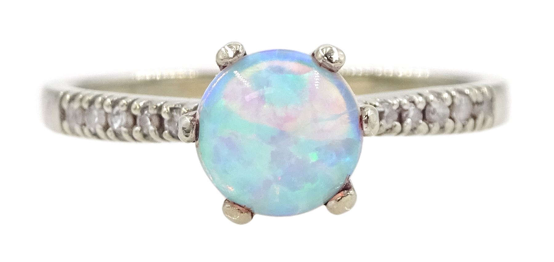 9ct white gold opal ring