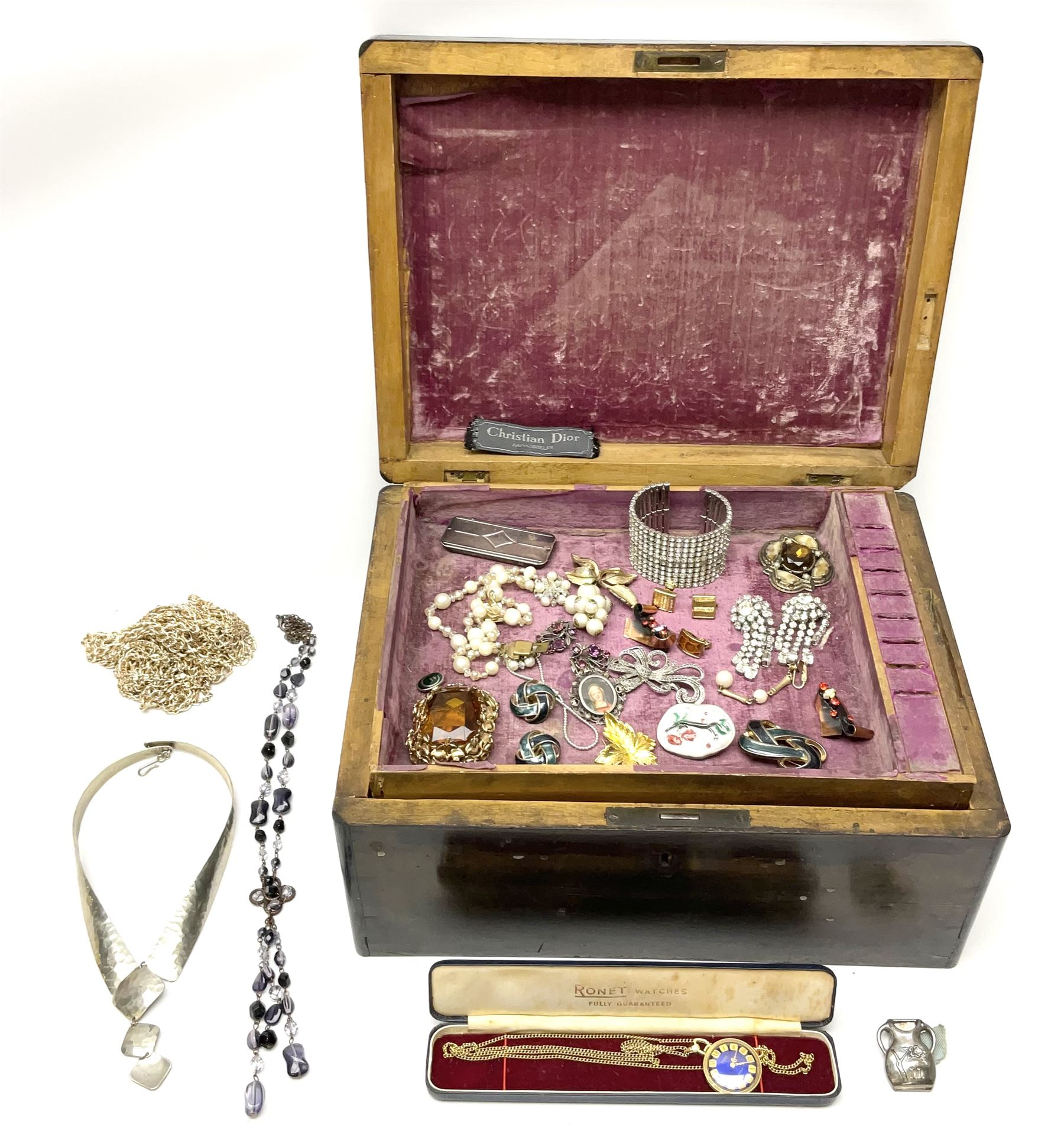 A selection of Vintage and later costume jewellery