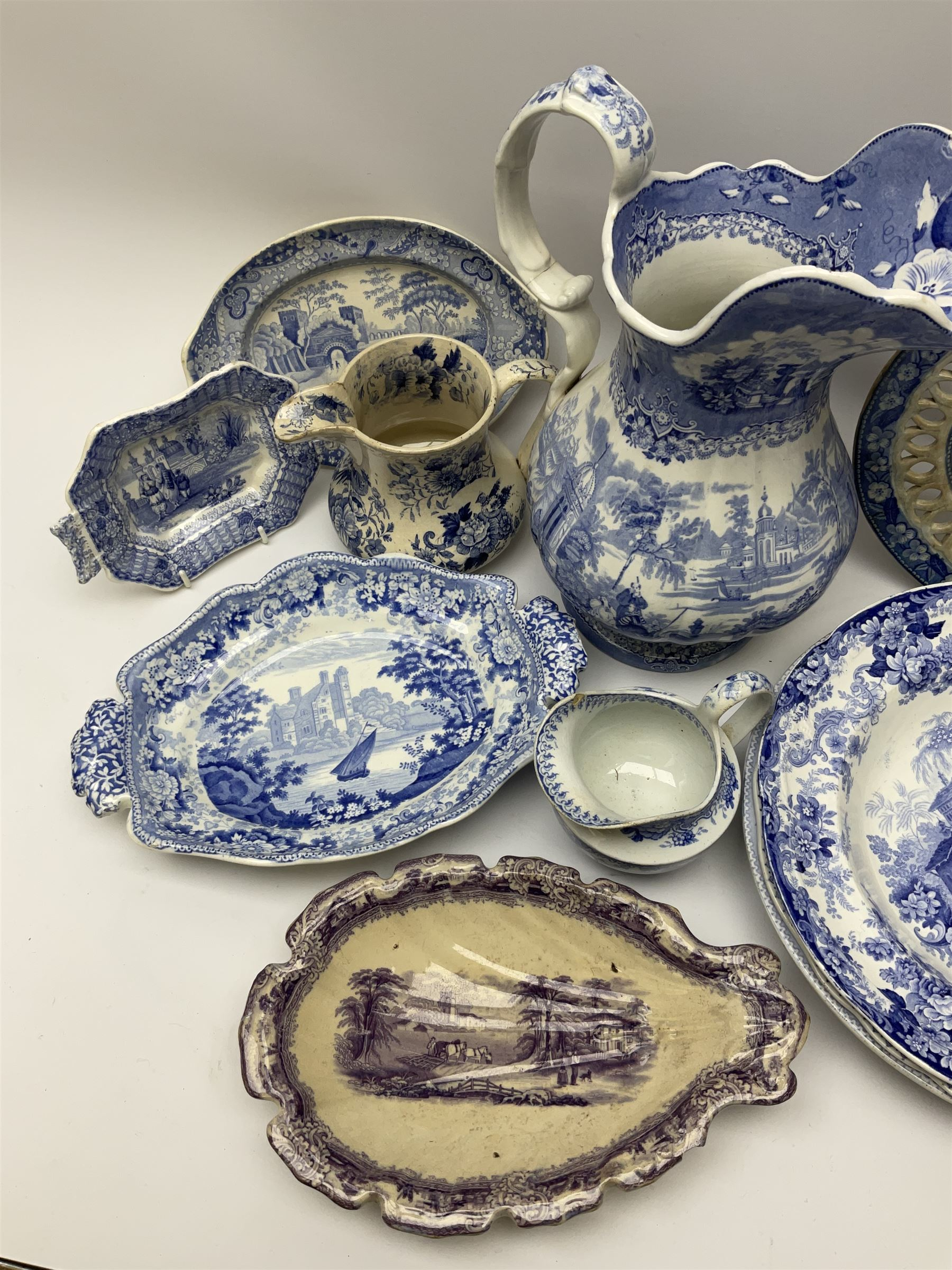 A group of 19th century blue and white transfer printed pottery - Image 7 of 7