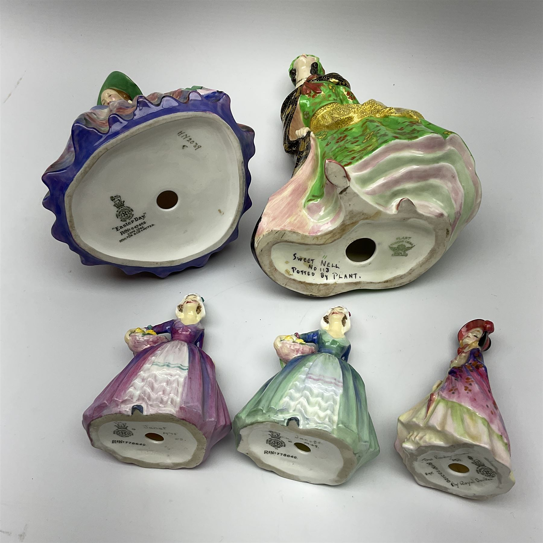 A group of Royal Doulton figures - Image 4 of 5