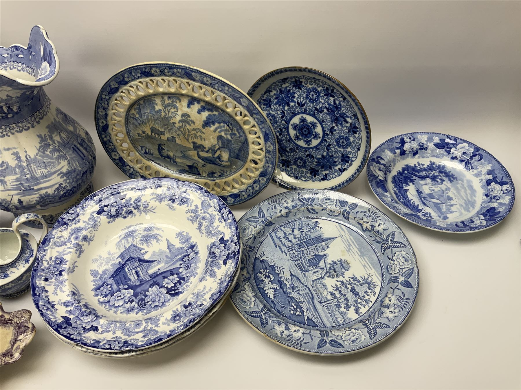 A group of 19th century blue and white transfer printed pottery - Image 3 of 7