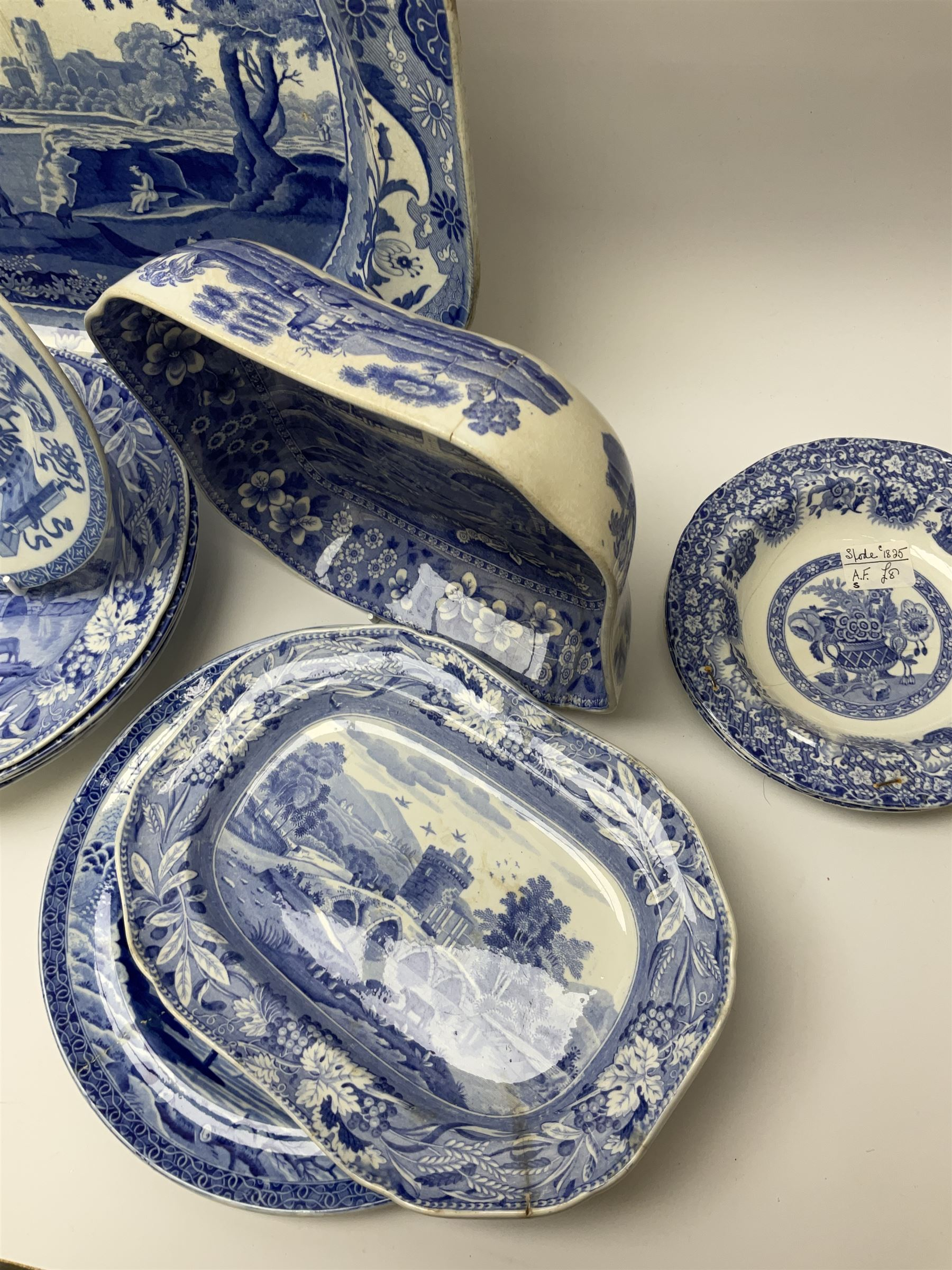 A group of 19th century Spode blue and white transfer printed pottery - Image 2 of 5
