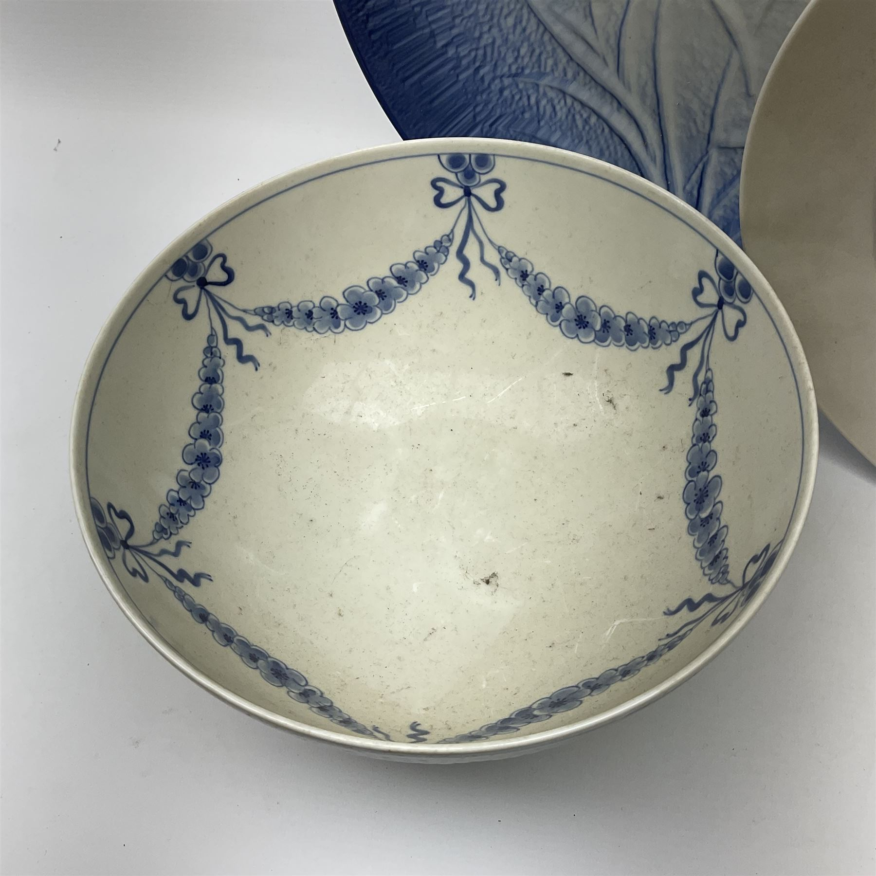 A Bing and Grondahl dish with moulded rim and blue swag decoration to the interior - Image 2 of 6
