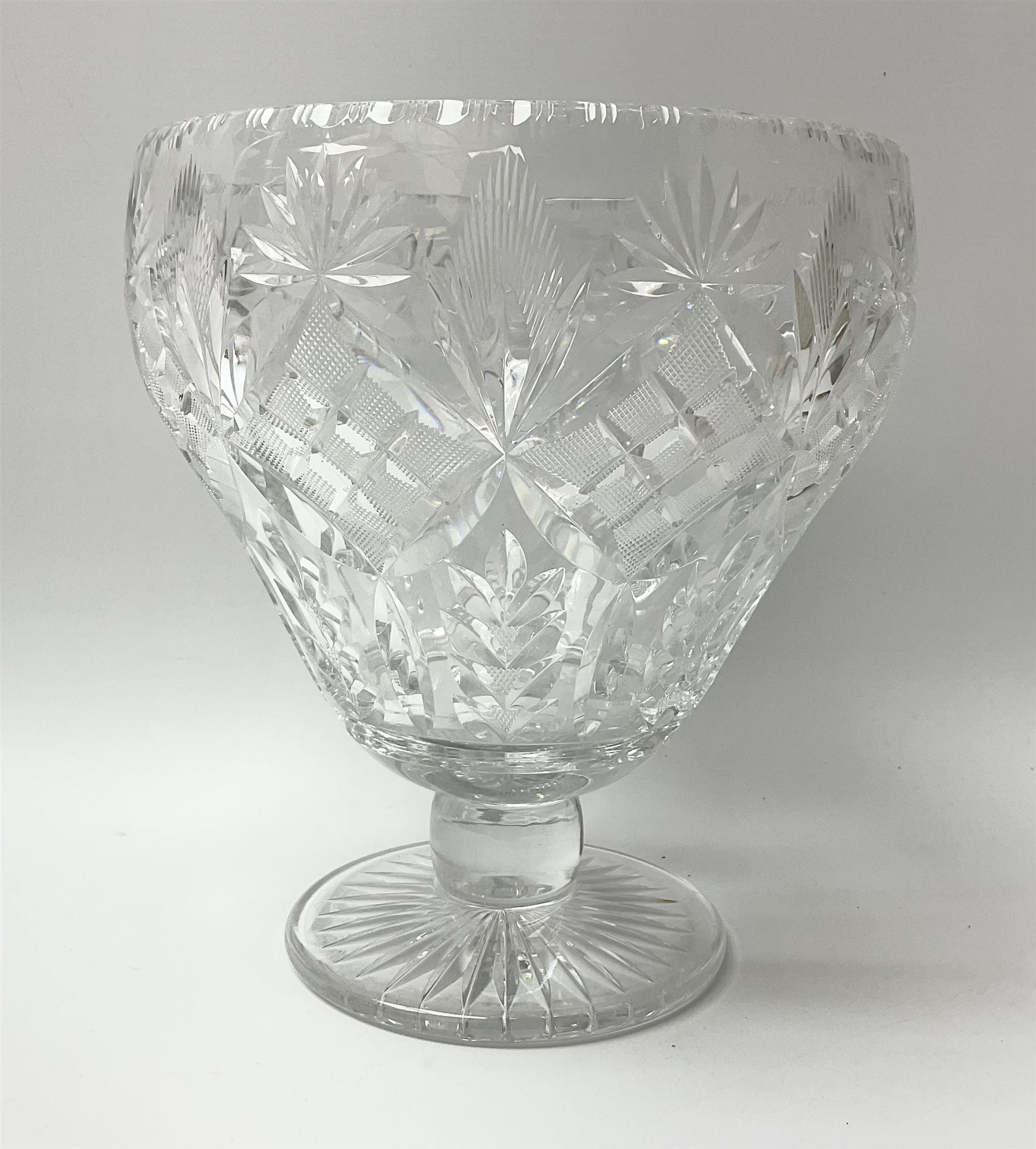 A cut glass centre piece bowl