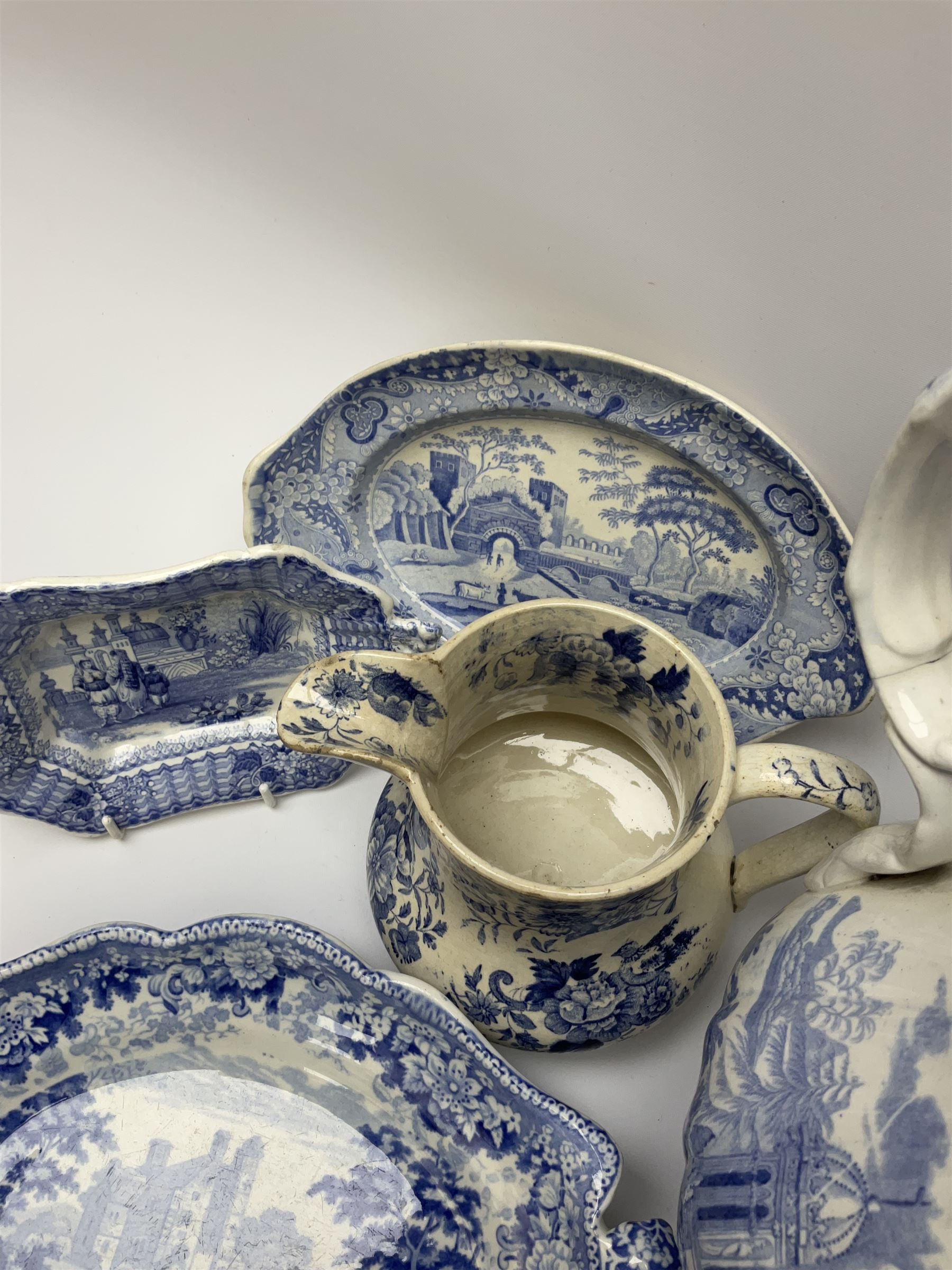 A group of 19th century blue and white transfer printed pottery - Image 5 of 7