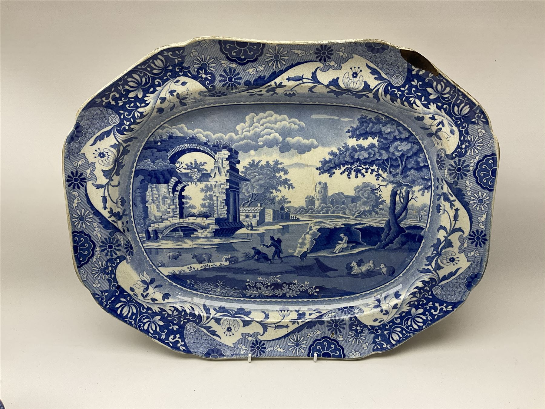 A group of 19th century Spode blue and white transfer printed pottery - Image 4 of 5