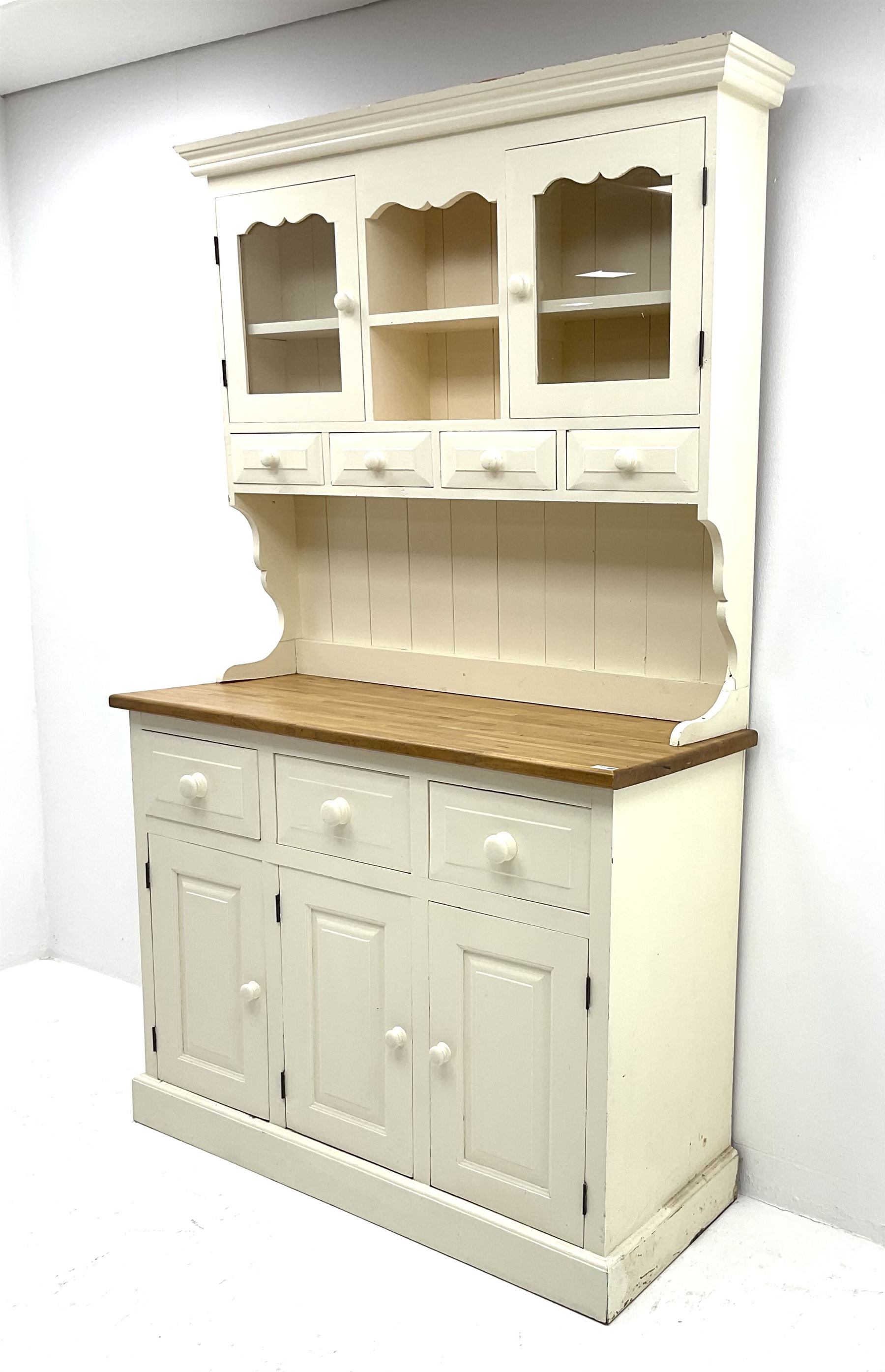 Victorian style painted pine dresser - Image 2 of 3