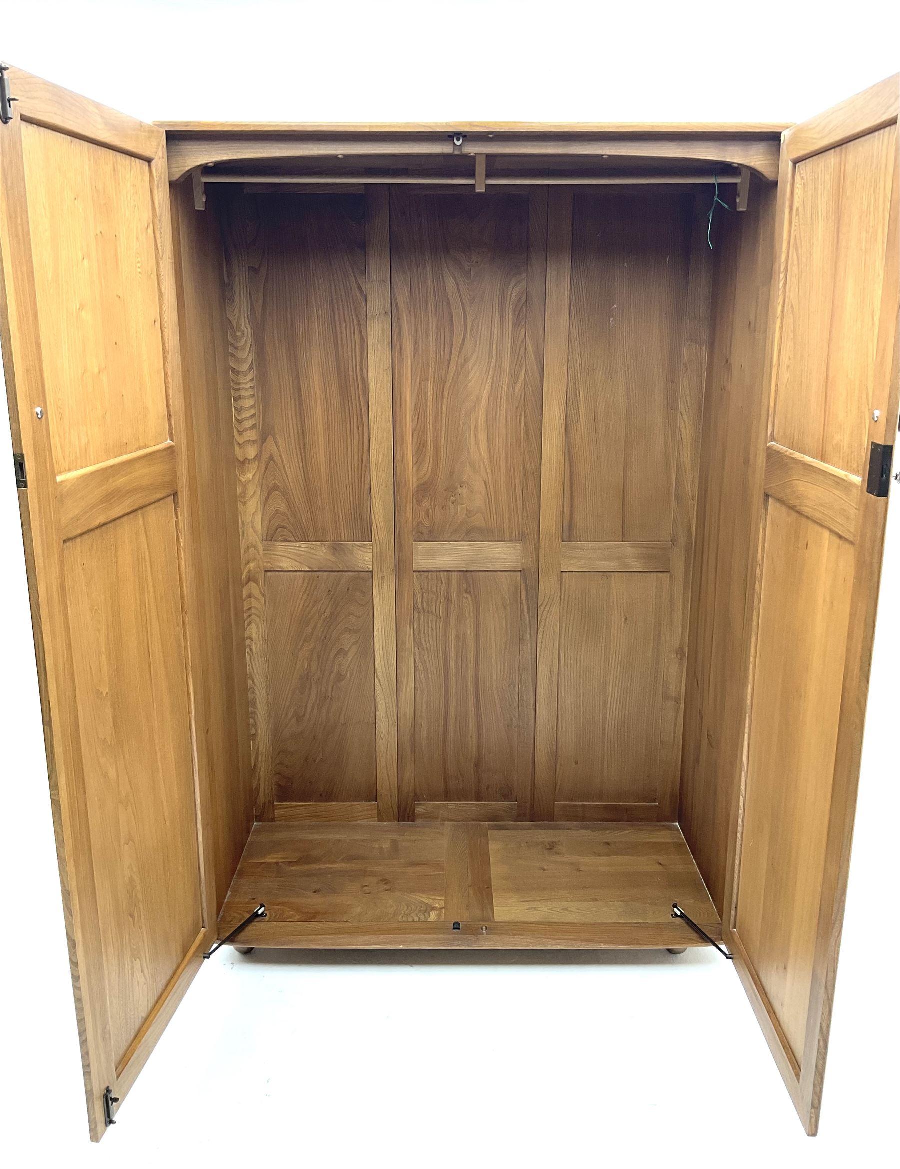 Ercol double wardrobe - Image 3 of 4